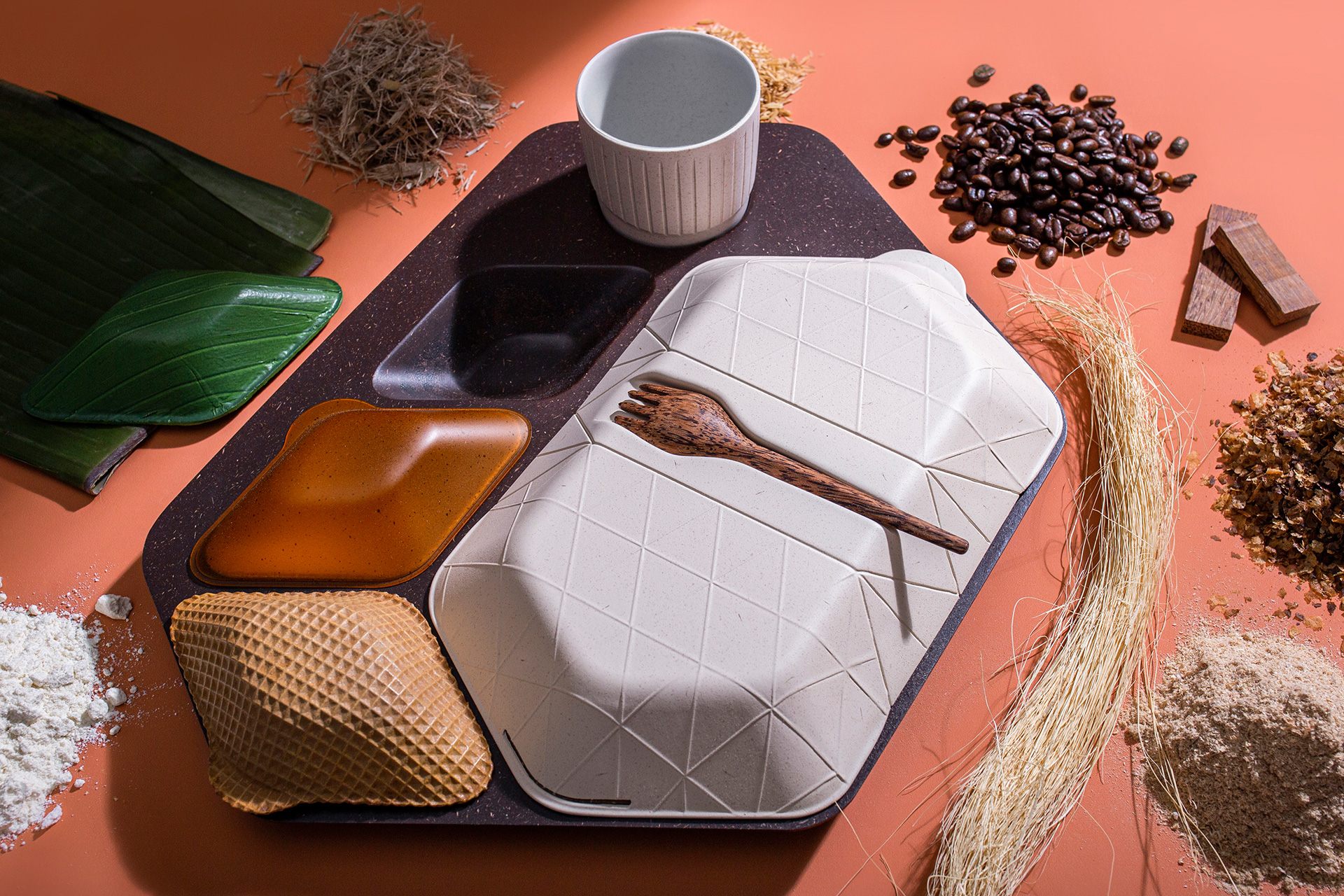 The meal tray has been designed with edible and commercially compostable materials | Paul Priestman | PriestmanGoode | STIRworld