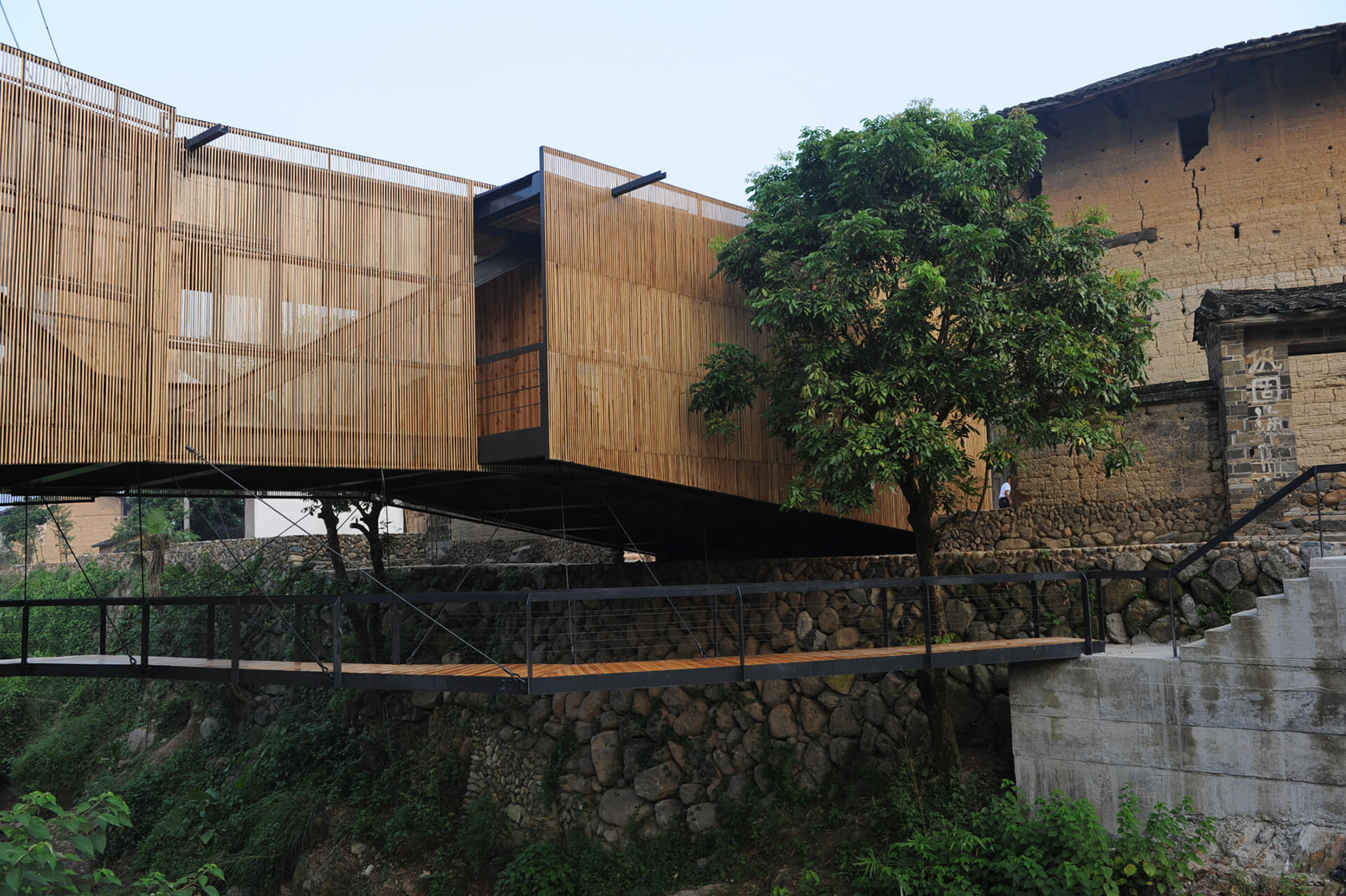 At Bridge School in Xiaoshi Village, the local government invites architects and sponsor projects that have a potential to stimulate the local economy | Li Xiadong | STIRworld