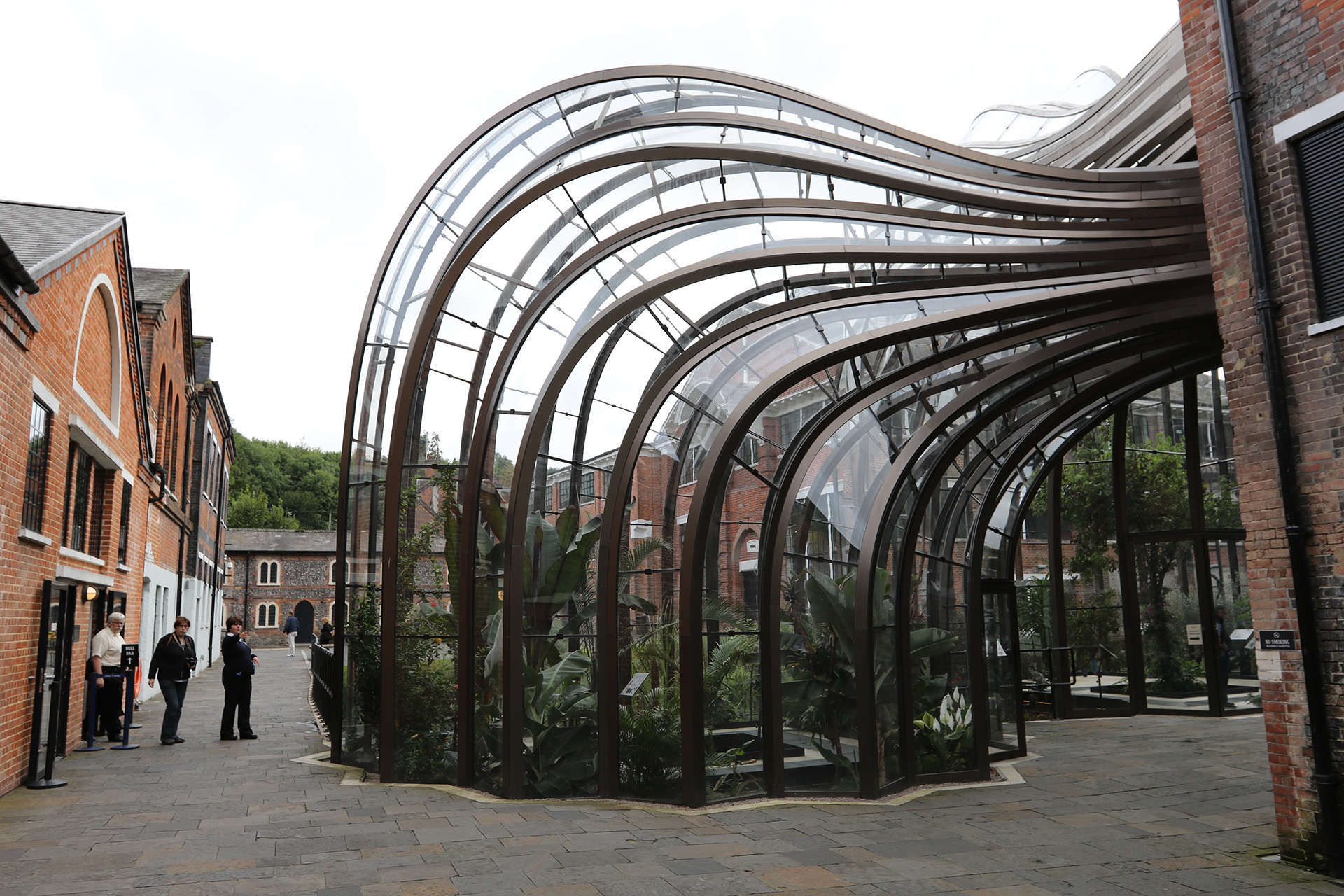 Bombay Sapphire distillery, Hampshire, UK, 2014 | Thomas Heatherwick | Heatherwick Studio | STIRworld