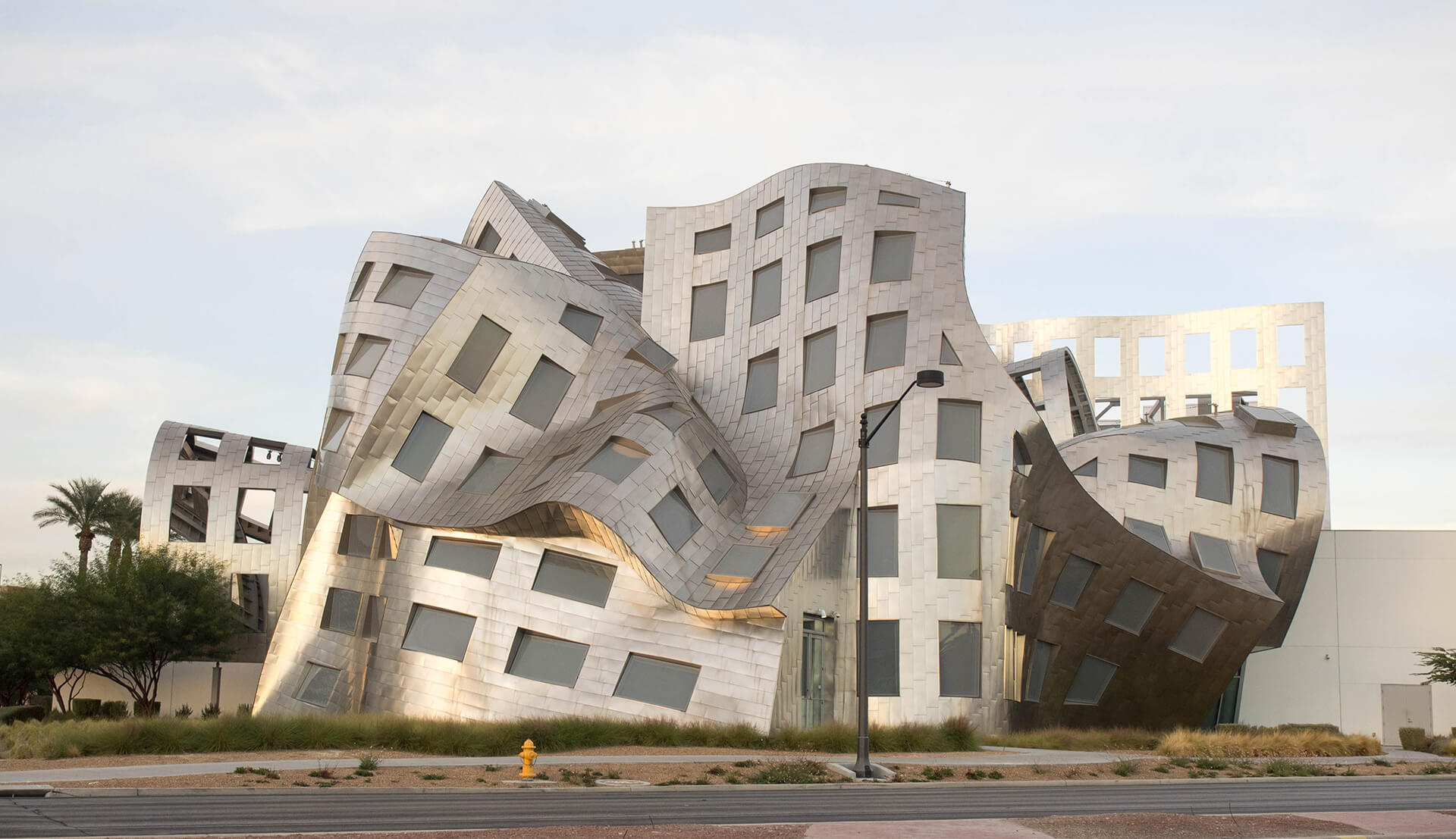 The Lou Ruvo Center for Brain Health of the Cleveland Clinic in Las Vegas, Nevada  | Frank Gehry | STIRworld