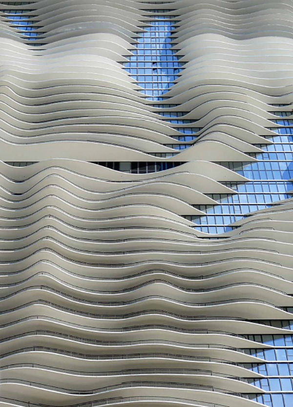 The rippling façade of the Aqua Tower in Chicago by Studio Gang | Jeanne Gang | STIRworld