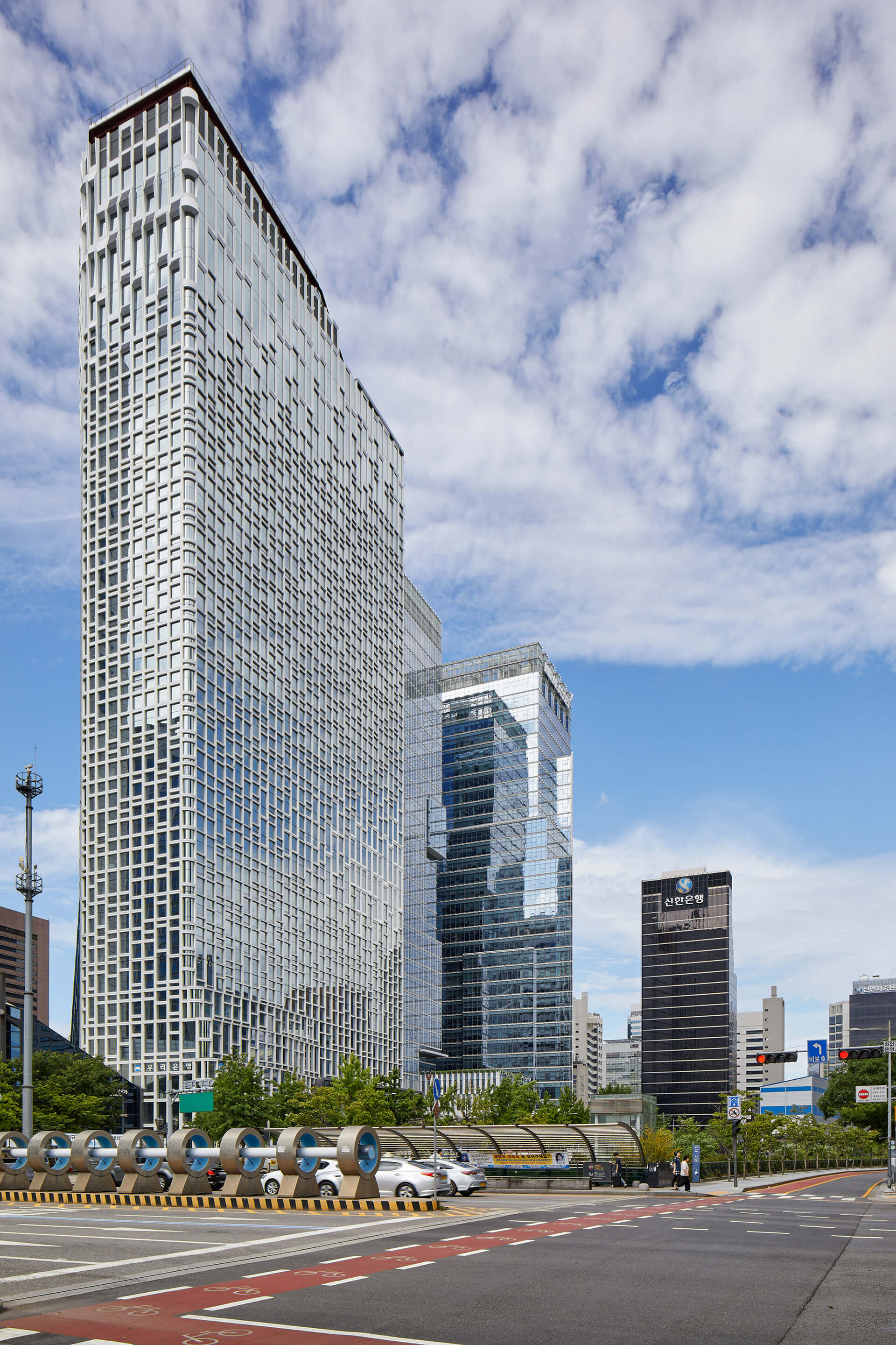 Hanwha Headquarters in Seoul retrofitted by Dutch architectural firm UNStudio | Hanwha Headquarters Remodelling by UNStudio | STIRworld