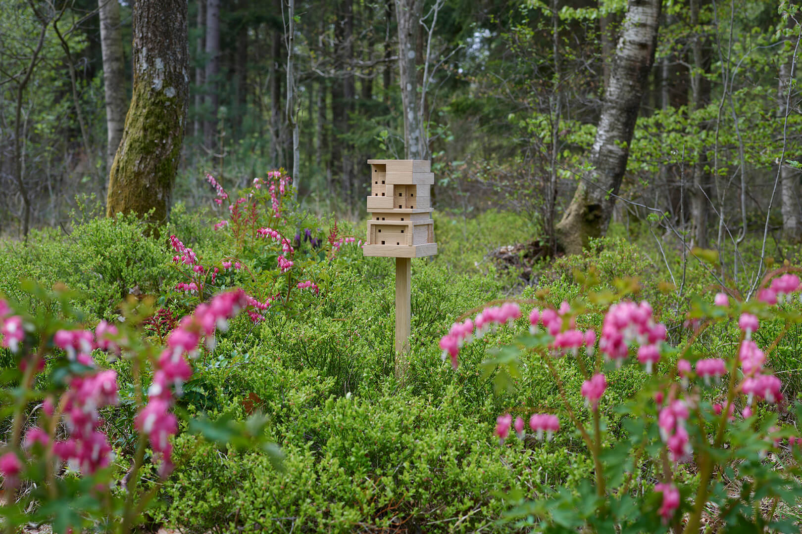 Bee Home as a simple sculpture to one's garden \ Bee Home | SPACE10 | STIRworld