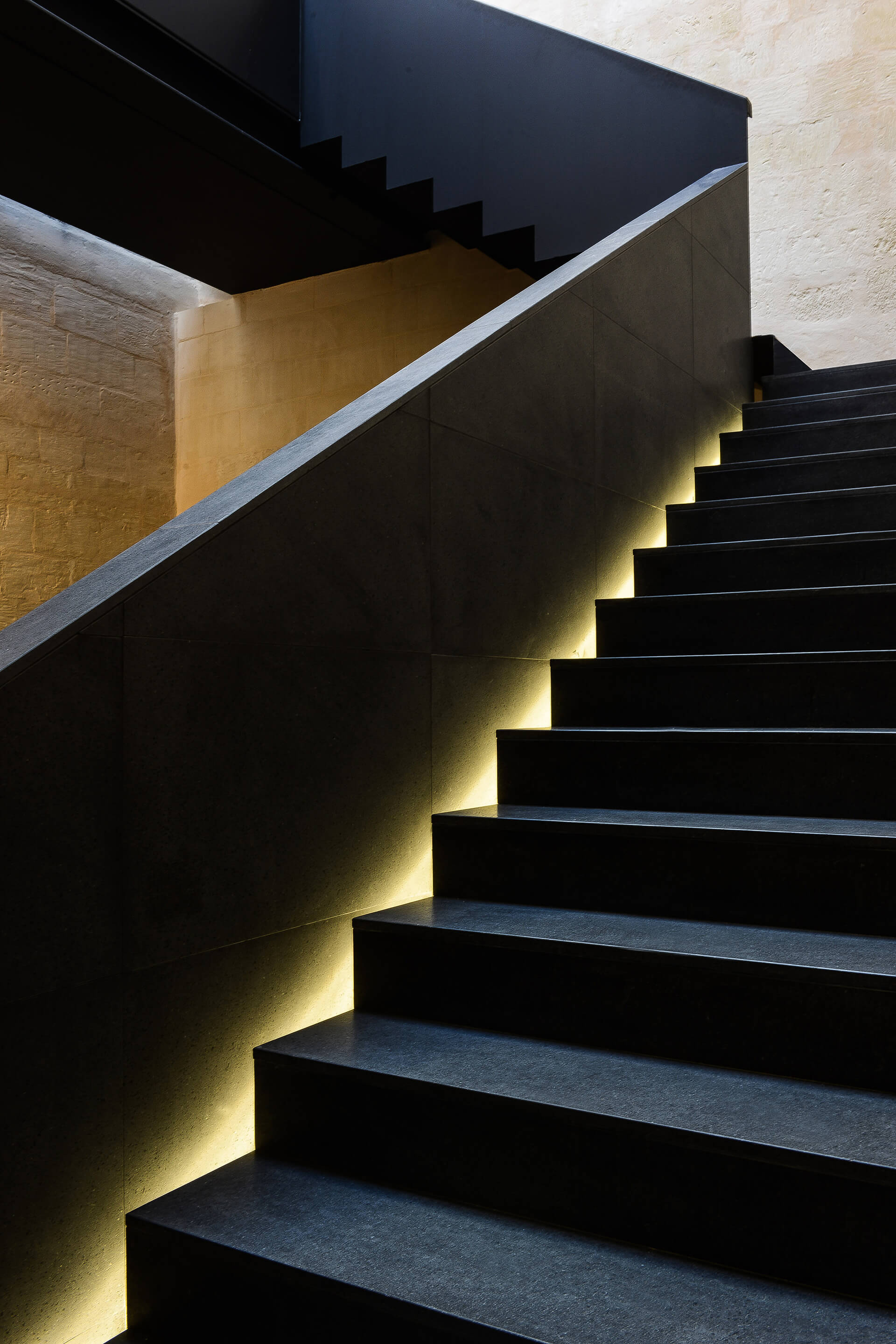 The staircase | DAAA Haus wins German Design Award 2020 for Cugó Gran Macina Grand Harbour | STIRworld