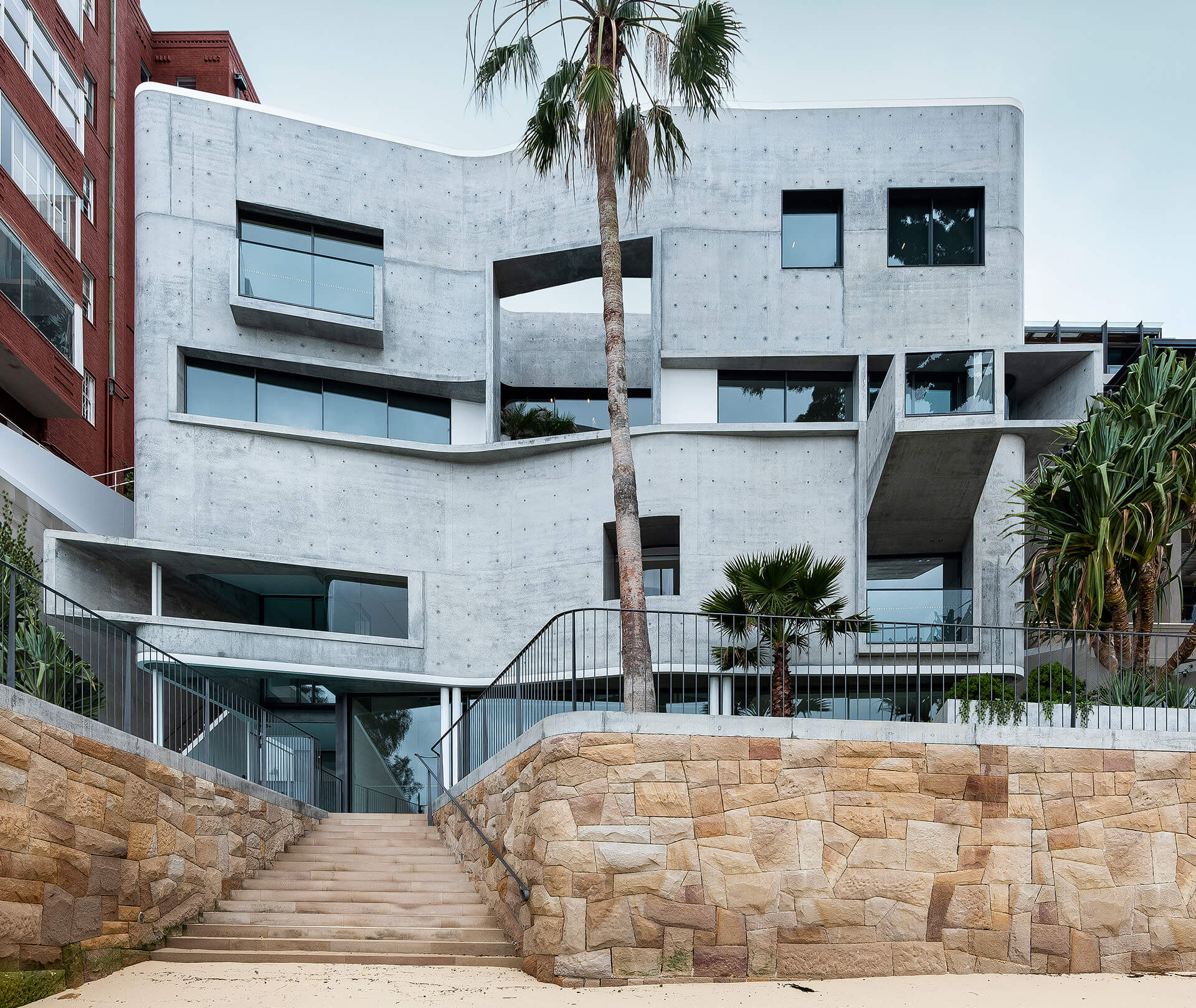The contemporary brutalist design of the House Taurus designed by Durbach Block Jaggers Architects in Sydney, Australia | House Taurus | Durbach Block Jaggers Architects | STIRworld