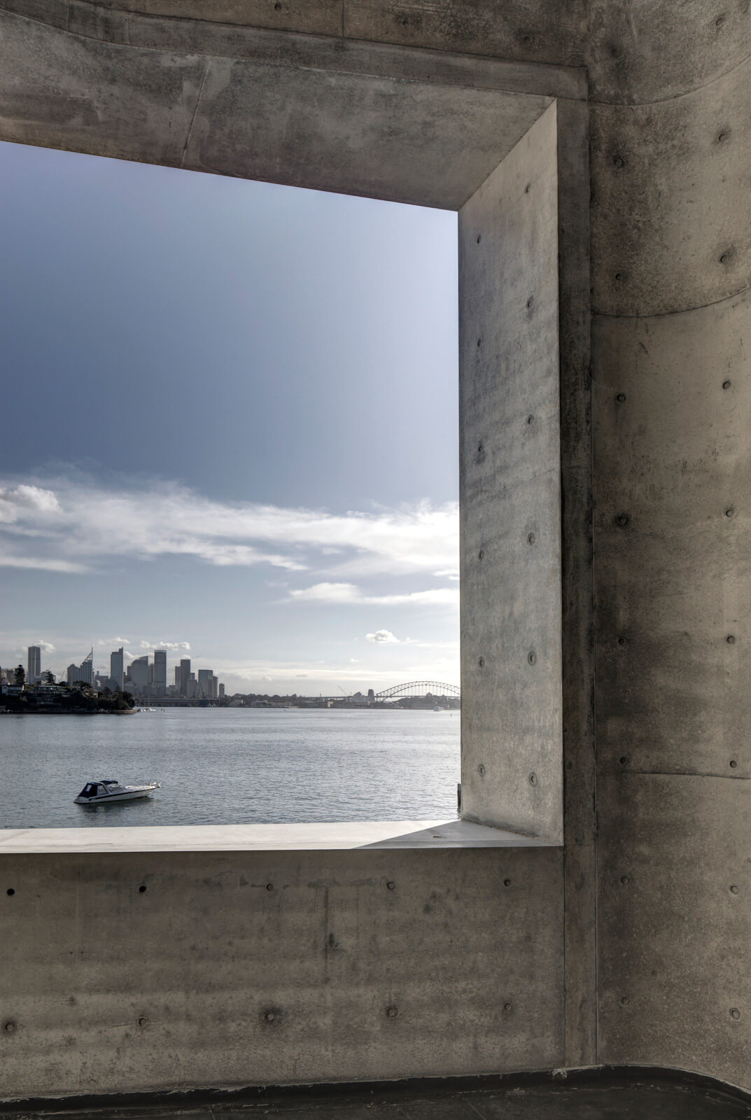 The off-form concrete appearance like a water-softened pebble | House Taurus | Durbach Block Jaggers Architects | STIRworld