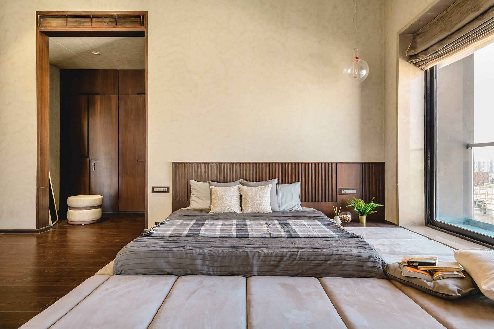 Guest bedroom with dressing area at the back | Neogenesis + Studi0261 | India | STIRworld