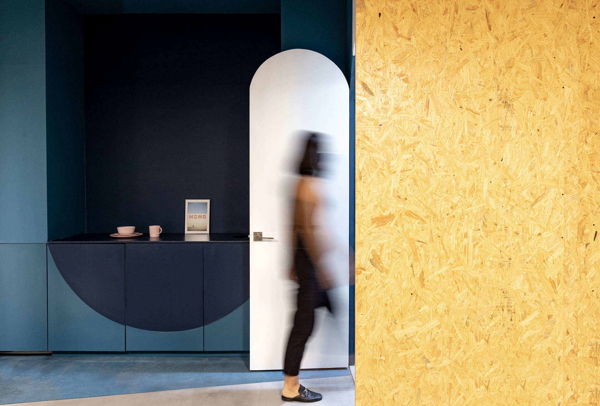 The office interiors are rendered in Pantone blue, pine wood and coloured lacquered wood | Fibras Orientadas interior office designed by Juan Alberto Andrade and María José Váscones | STIRworld