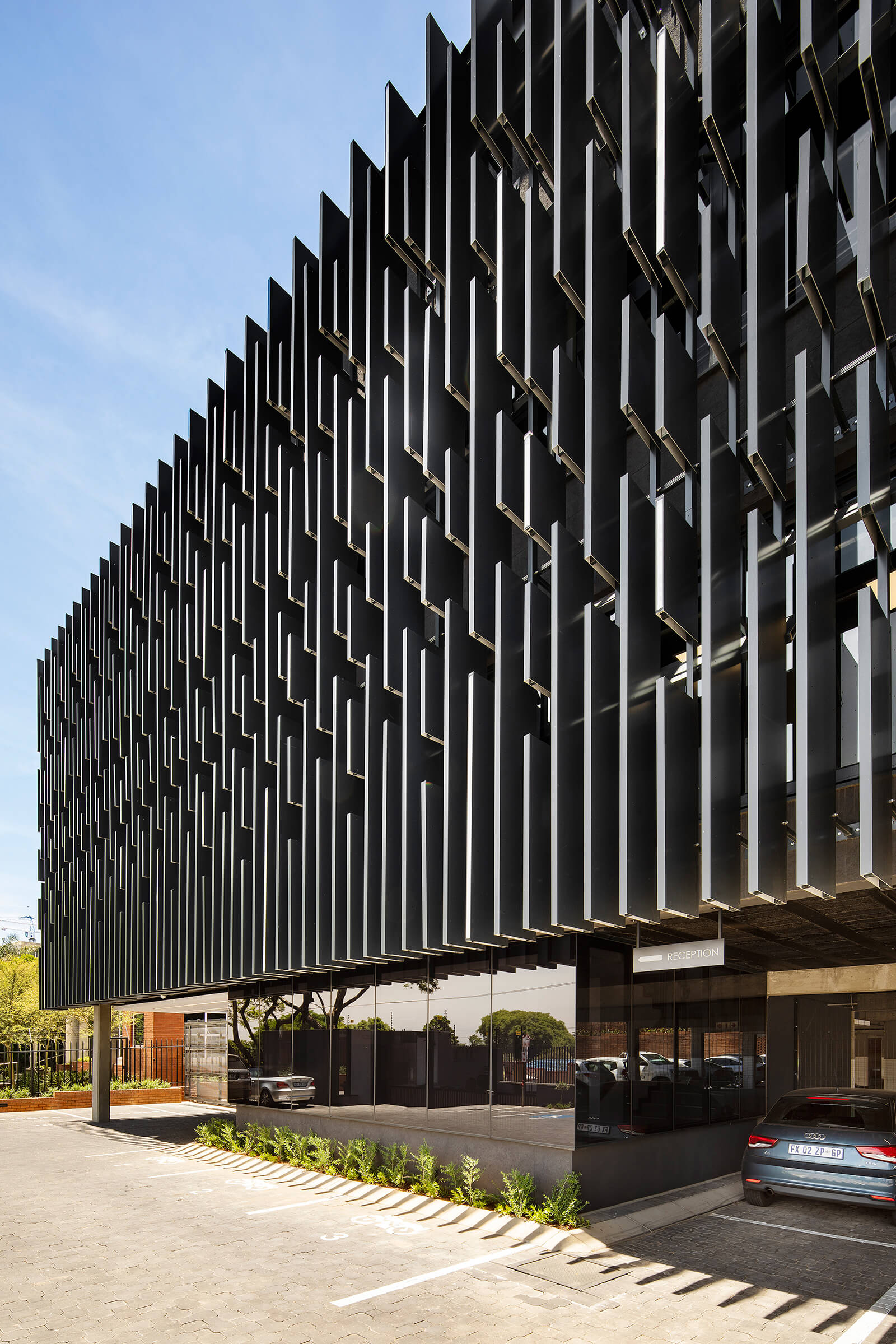 The louvered façade that creates a green environment | 78 Corlett Drive | Daffonchio and Associates Architects | STIRworld