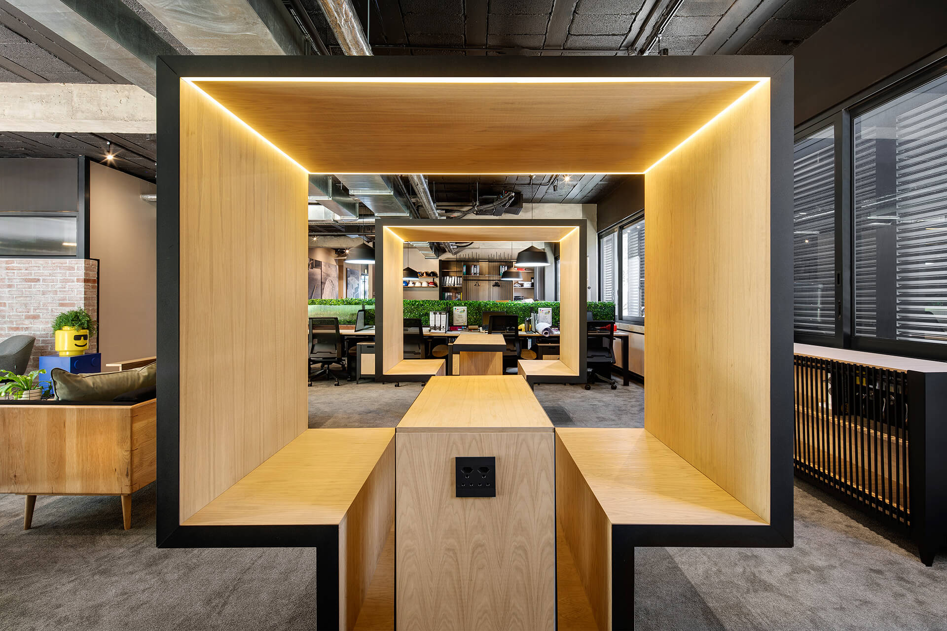 The co-working spaces in the commercial building | 78 Corlett Drive | Daffonchio and Associates Architects | STIRworld