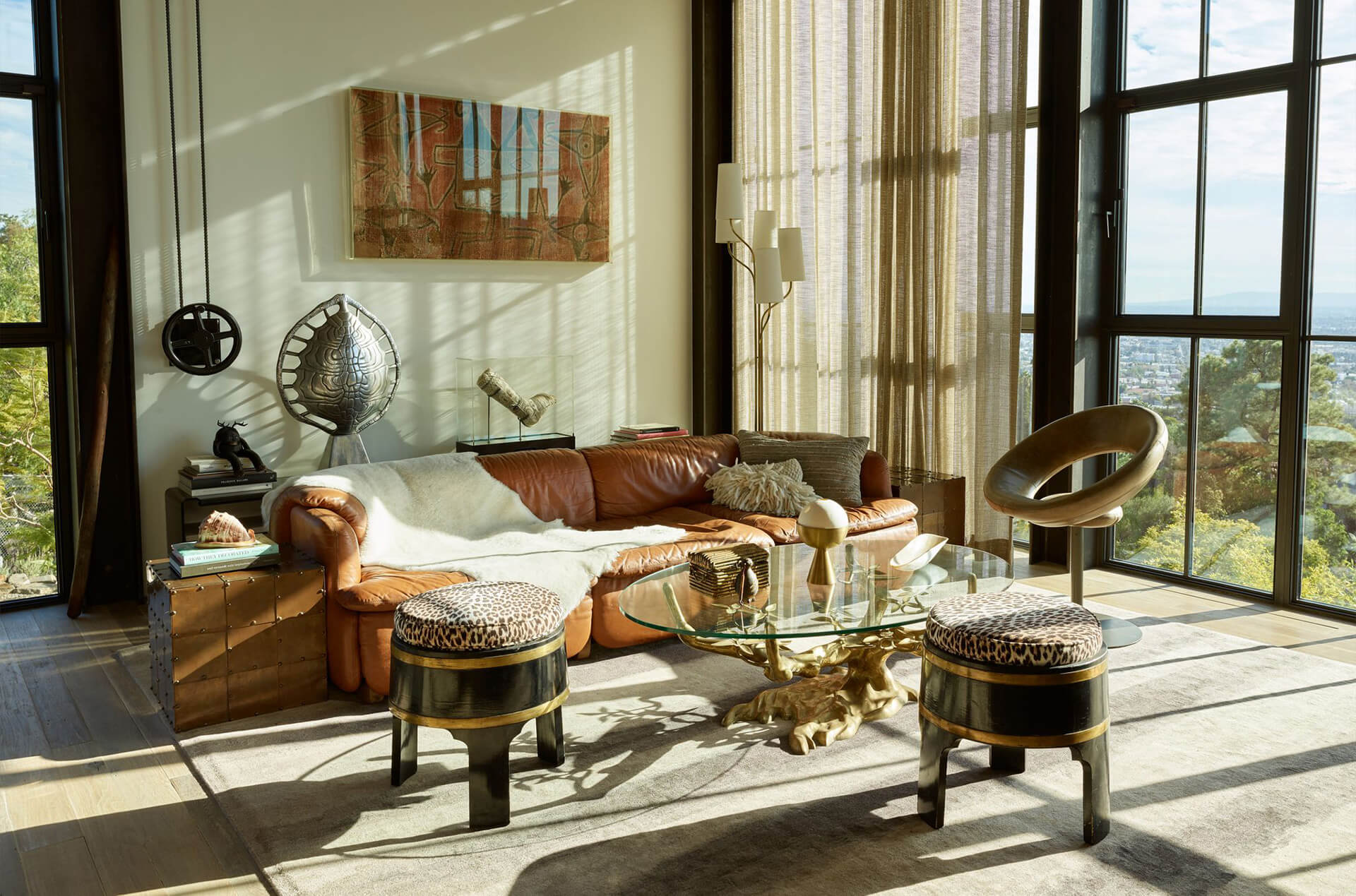 Light effortlessly navigates through the home and shines upon the eclectic furnishings | Hollywood Hill House | Mutuus Studio | STIRworld