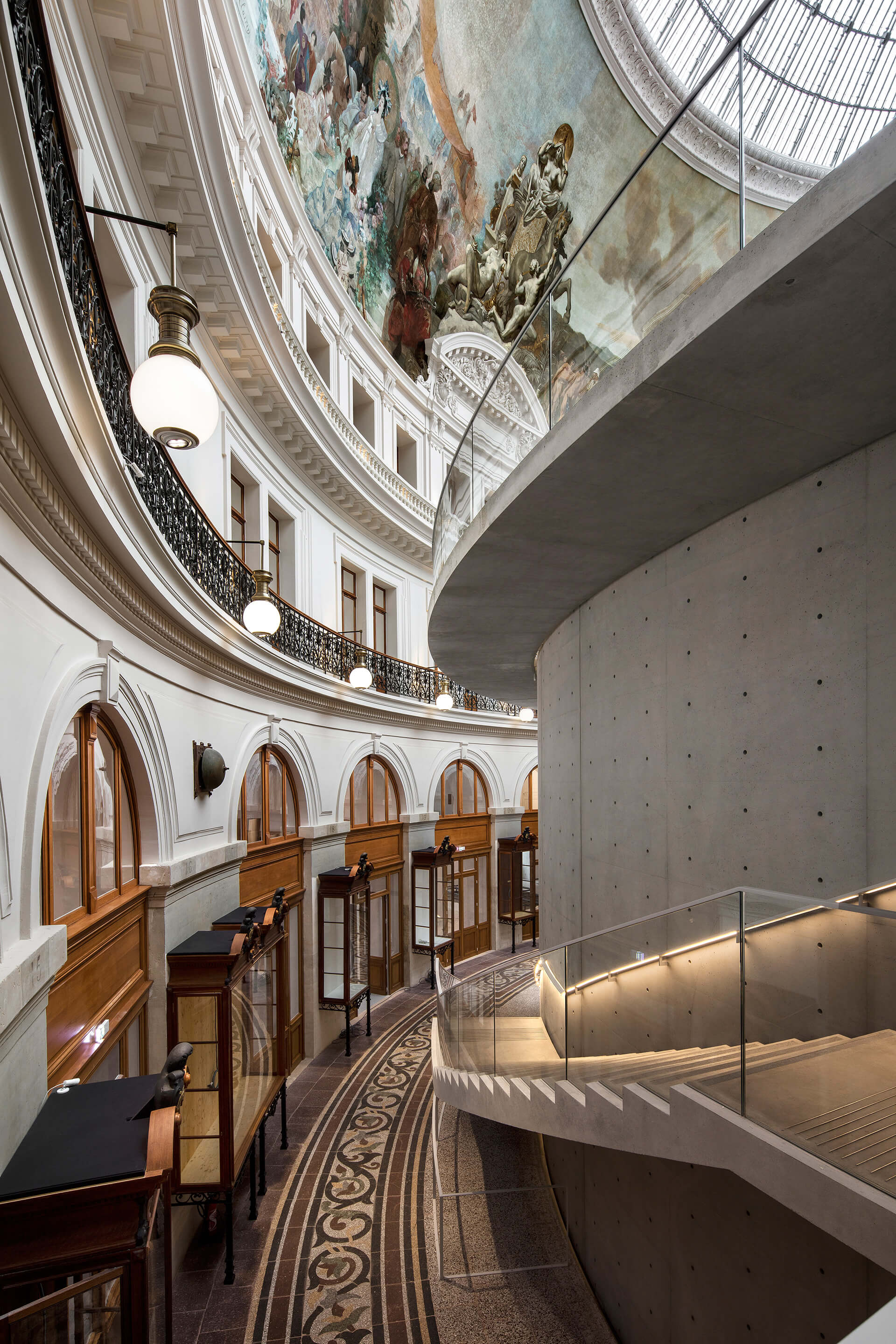 "The ""inner street"" providing access to and connecting the levels of the exhibition 