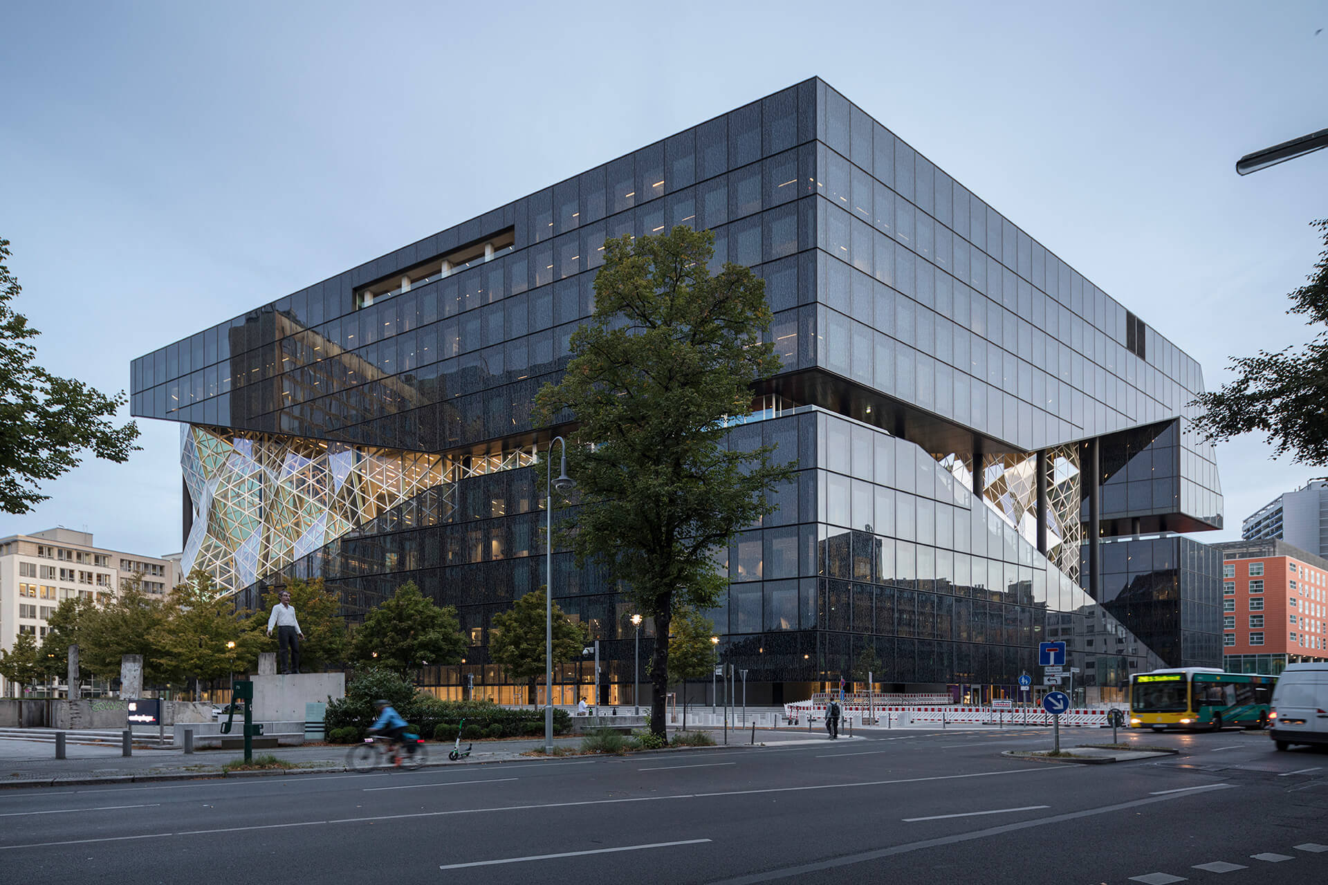 Axel Springer envisions the building as a 'powerhouse of creativity' | OMA | Berlin | STIRworld