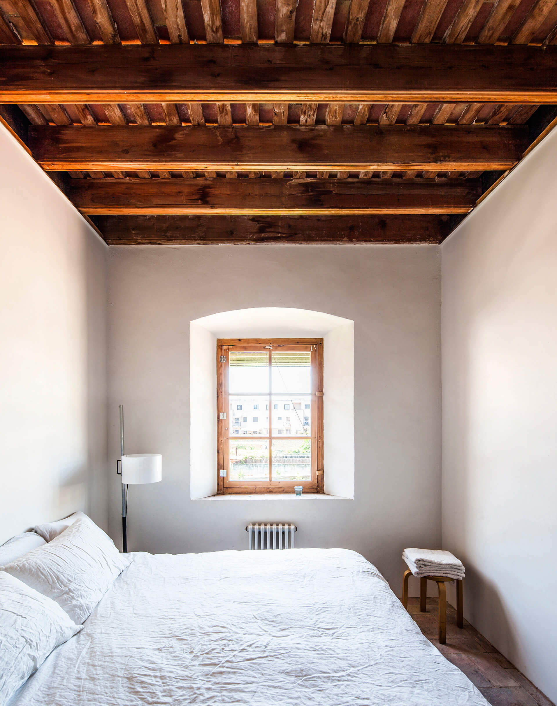 First floor ceiling, view through bedroom | Dirk and the Chocolate Factory | Anna and Eugeni Bach Architects | STIRworld