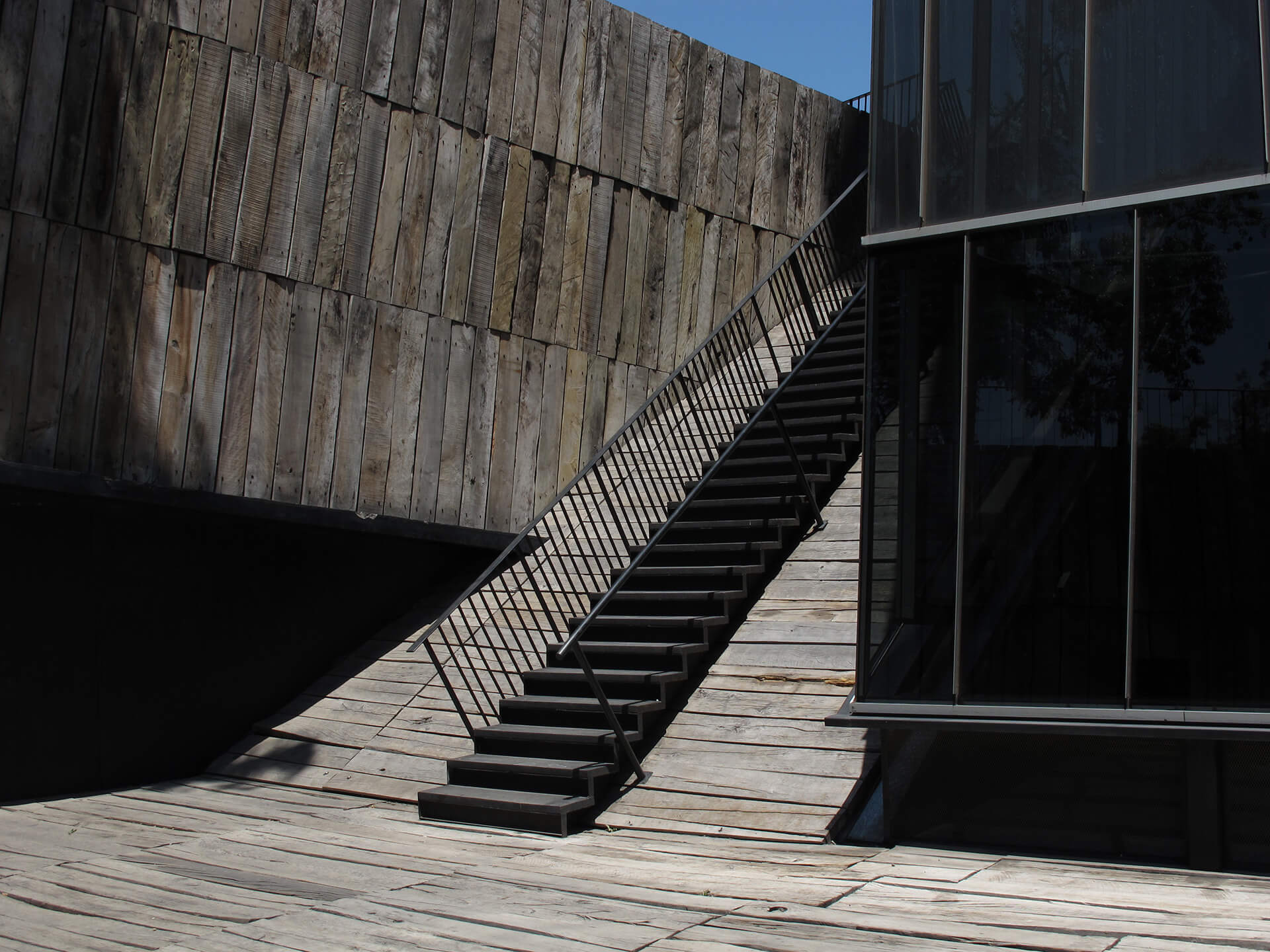 Staircase of the Torres Siamese, in the Catolica Campus | Alejandro Aravena | Pritzker Architecture Prize | STIRworld