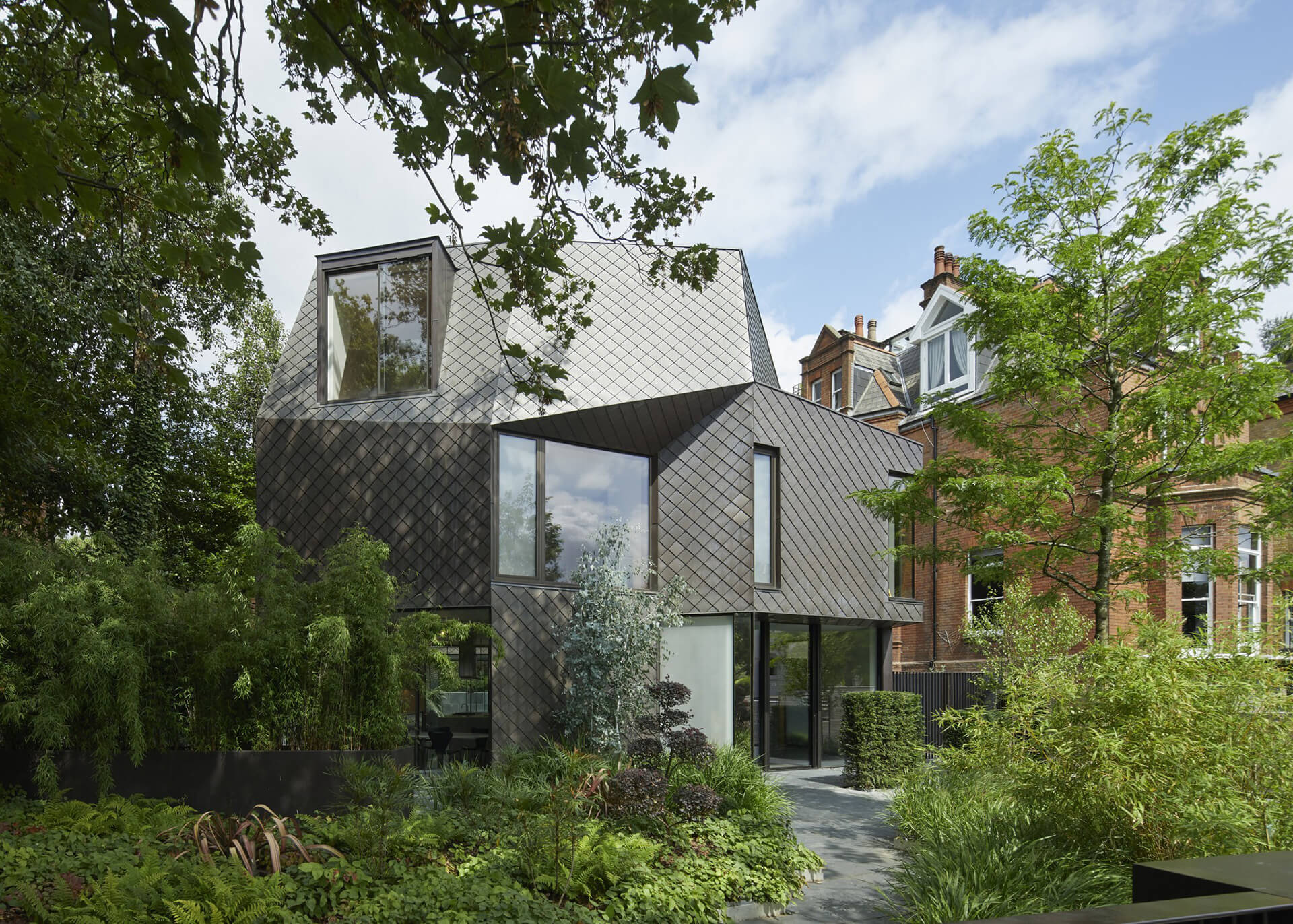 Mesh House project by Architect of the year, Alison Brook Architects | Dezeen Awards 2020 | London | STIRworld