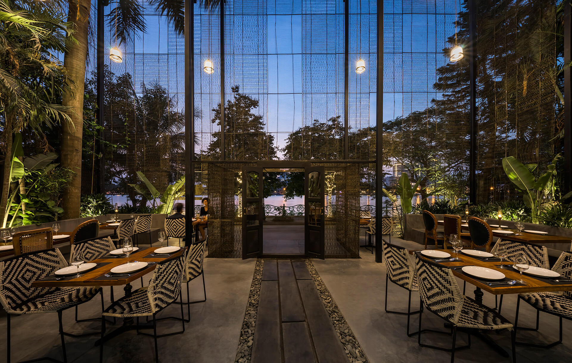 RASM, a restaurant in Hanoi, Vietnam, adapts the elements of its Indian roots | RASM restaurant | Studio VDGA | STIRworld
