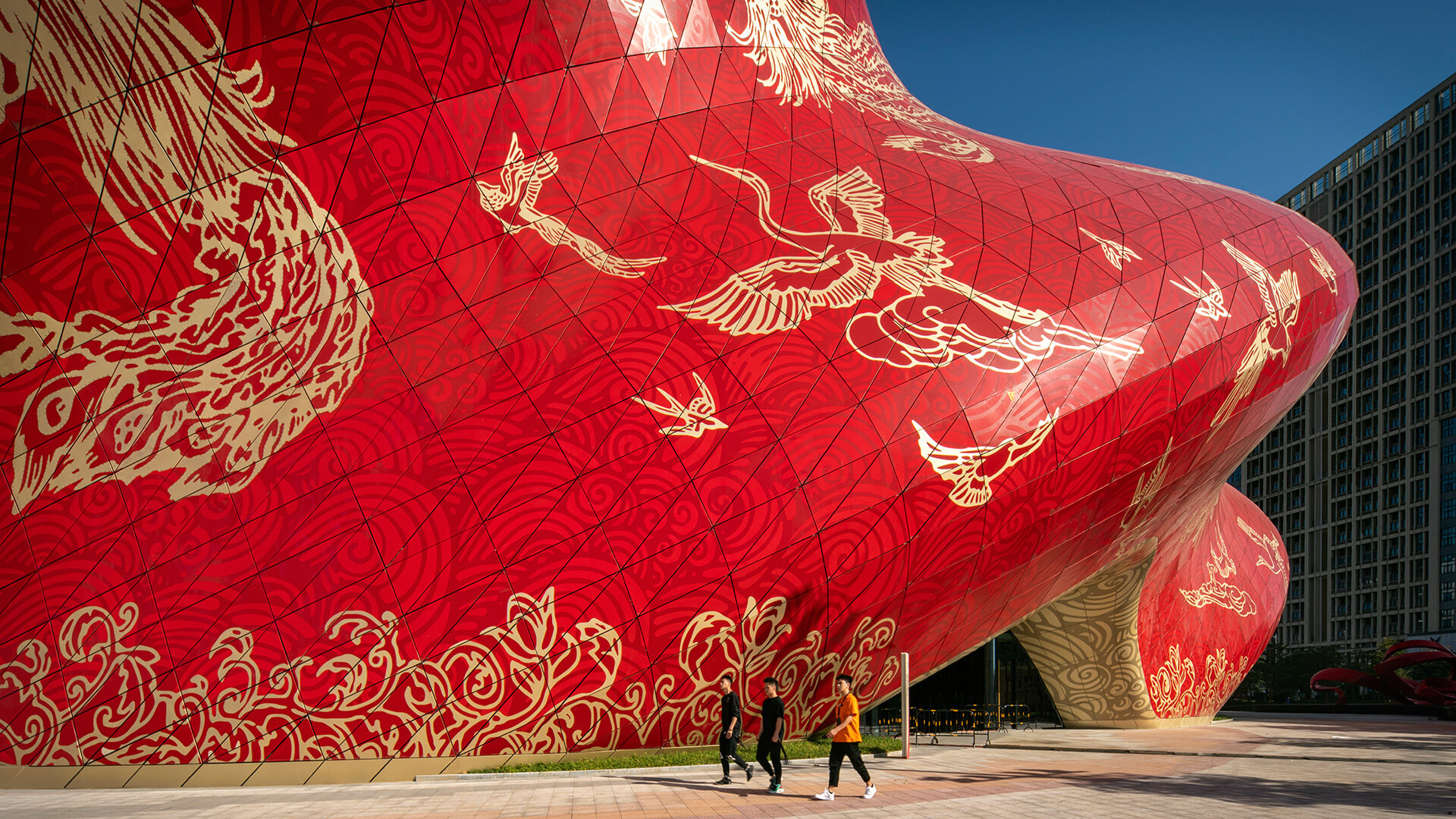 The swirling façade is now adorned by patterns inspired from silk embroidery and tattoo art | Sunac Guangzhou Grand Theatre | Steven Chilton Architects | STIRworld
