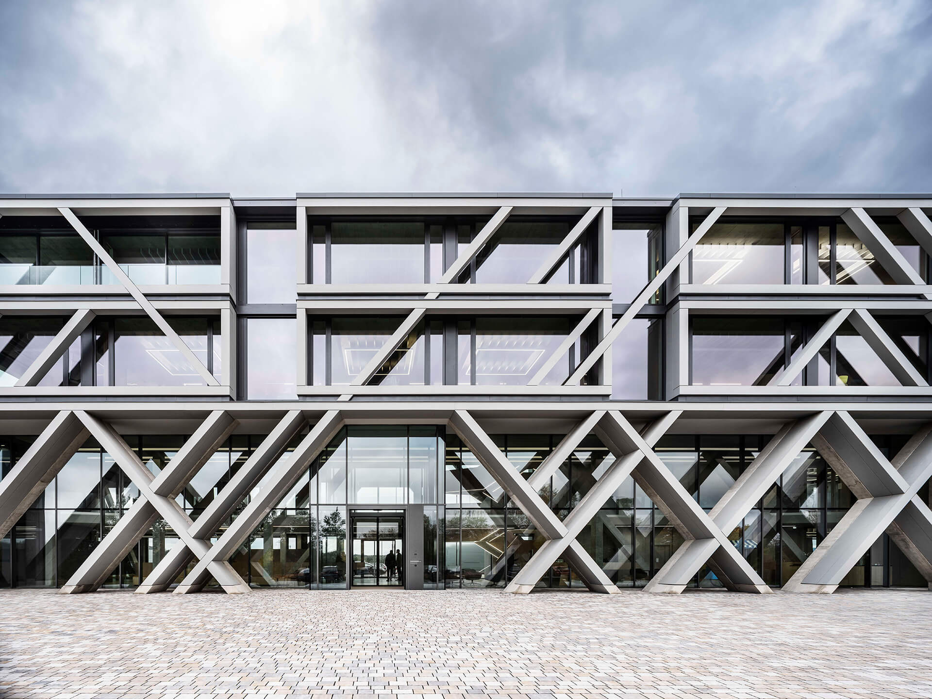 Front facade | J. MAYER H. | Germany | STIRworld