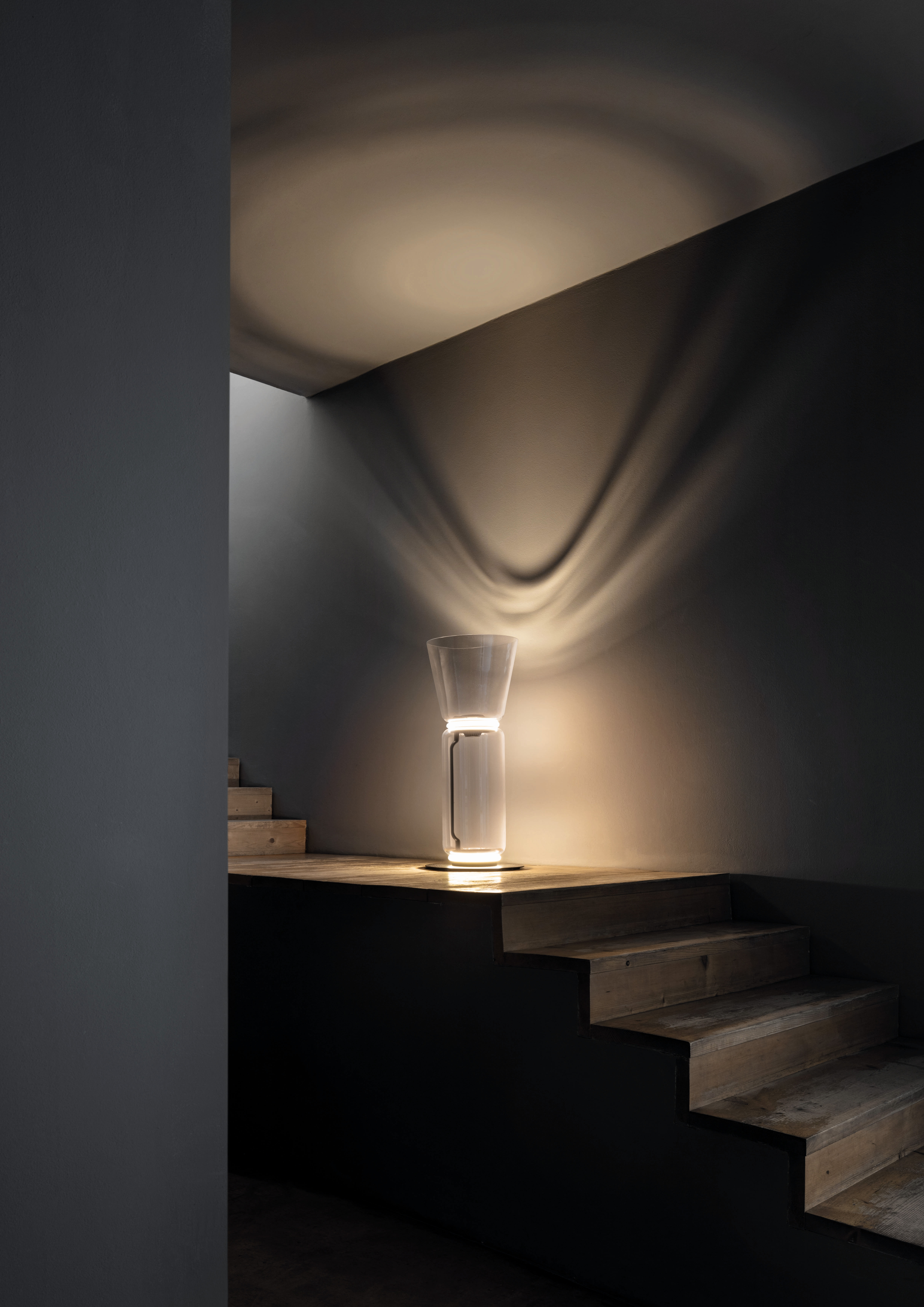 Standing lamp made of connected transparent glass cylinder and a cone| Noctambule| Konstantin Grcic| Flos| STIR