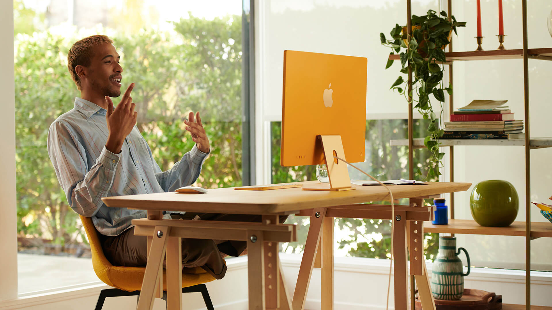 The new model gives users options to match their own style and personalise workspaces | All new iMac by Apple Inc. | STIRworld