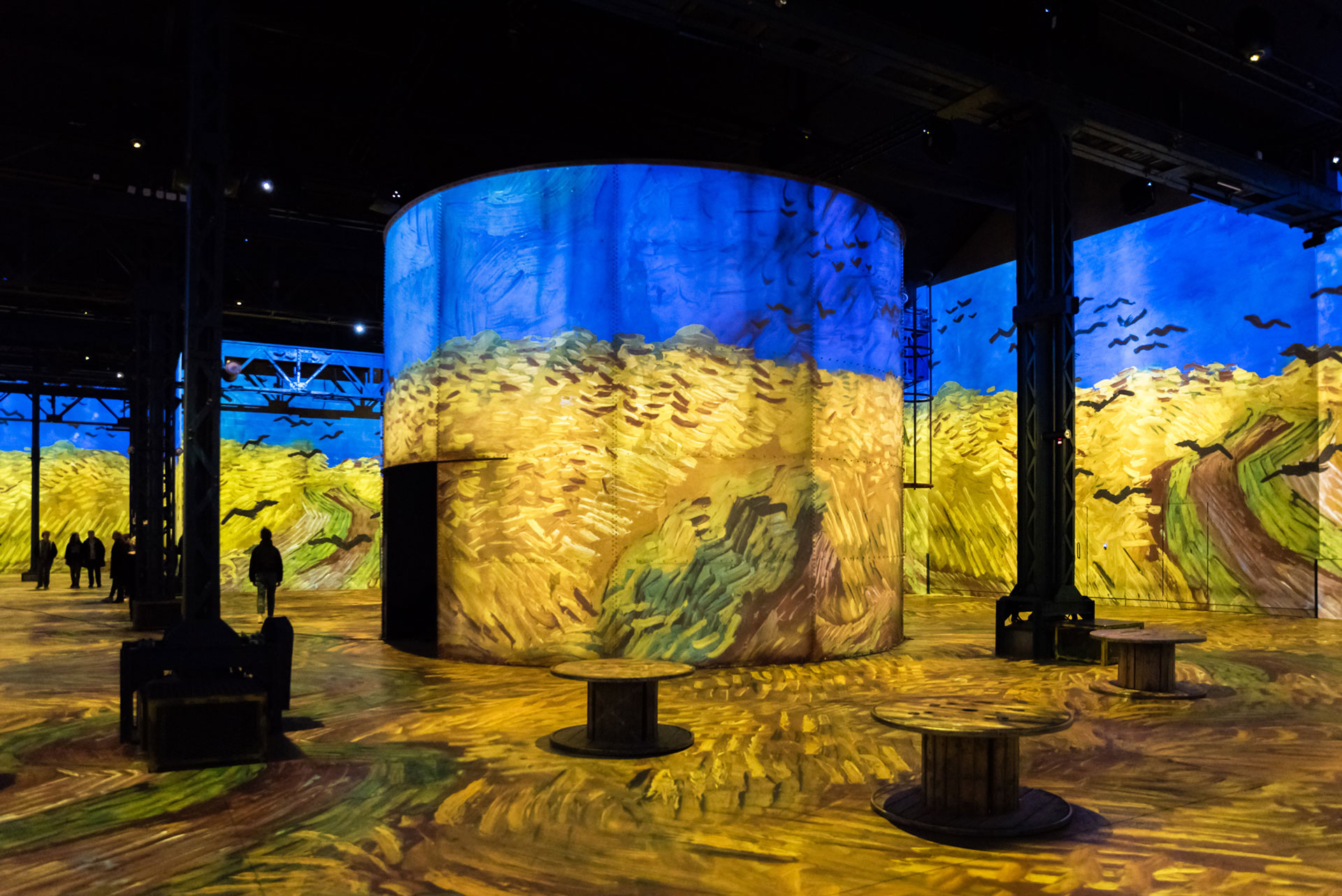 Simulation of the exhibition Gustav Klimt, Installation view 2| Gustav Klimt | Atelier des Lumières | STIR