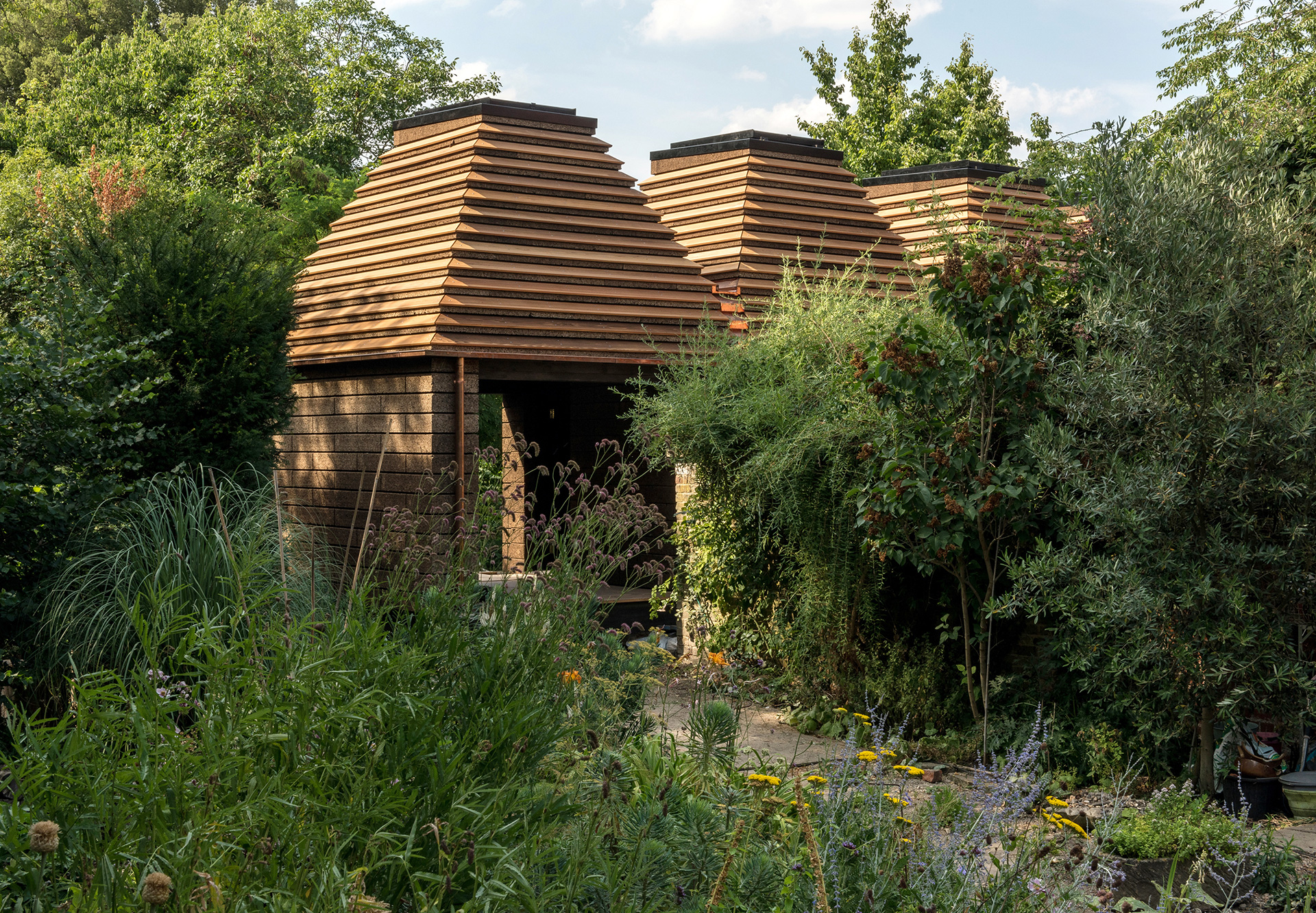 Cork House - an experimental, organic design by Matthew Barnett Howland (with Dido Milne and Oliver Wilton)| Matthew Barnett Howland | Dido Milne| Oliver Wilton| The Cork House| RIBA Stirling Prize 2019| STIR