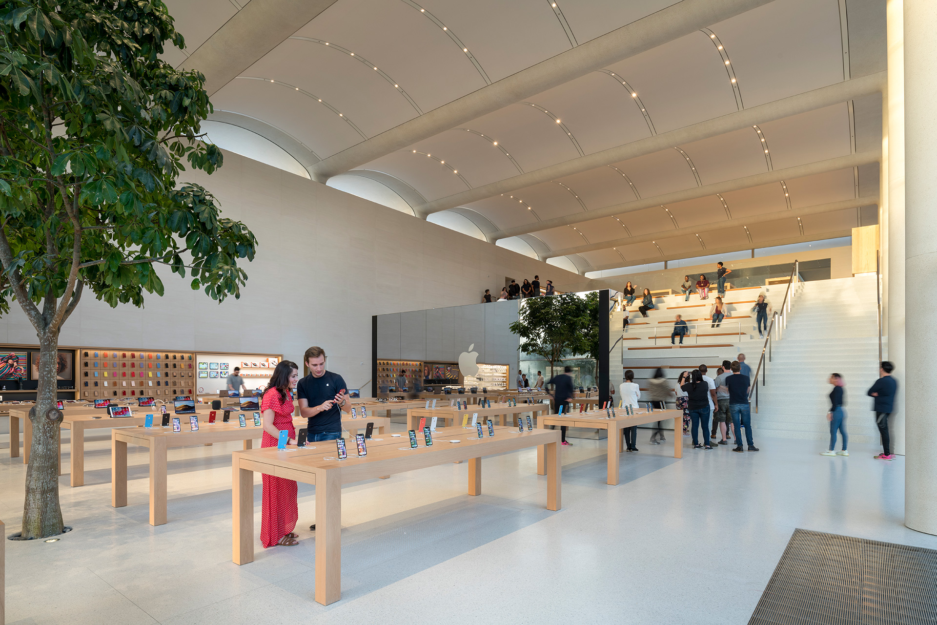 The spacious interior of Apple Aventura, with a naturally lit environment| Apple Aventura | Foster + Partners | STIR
