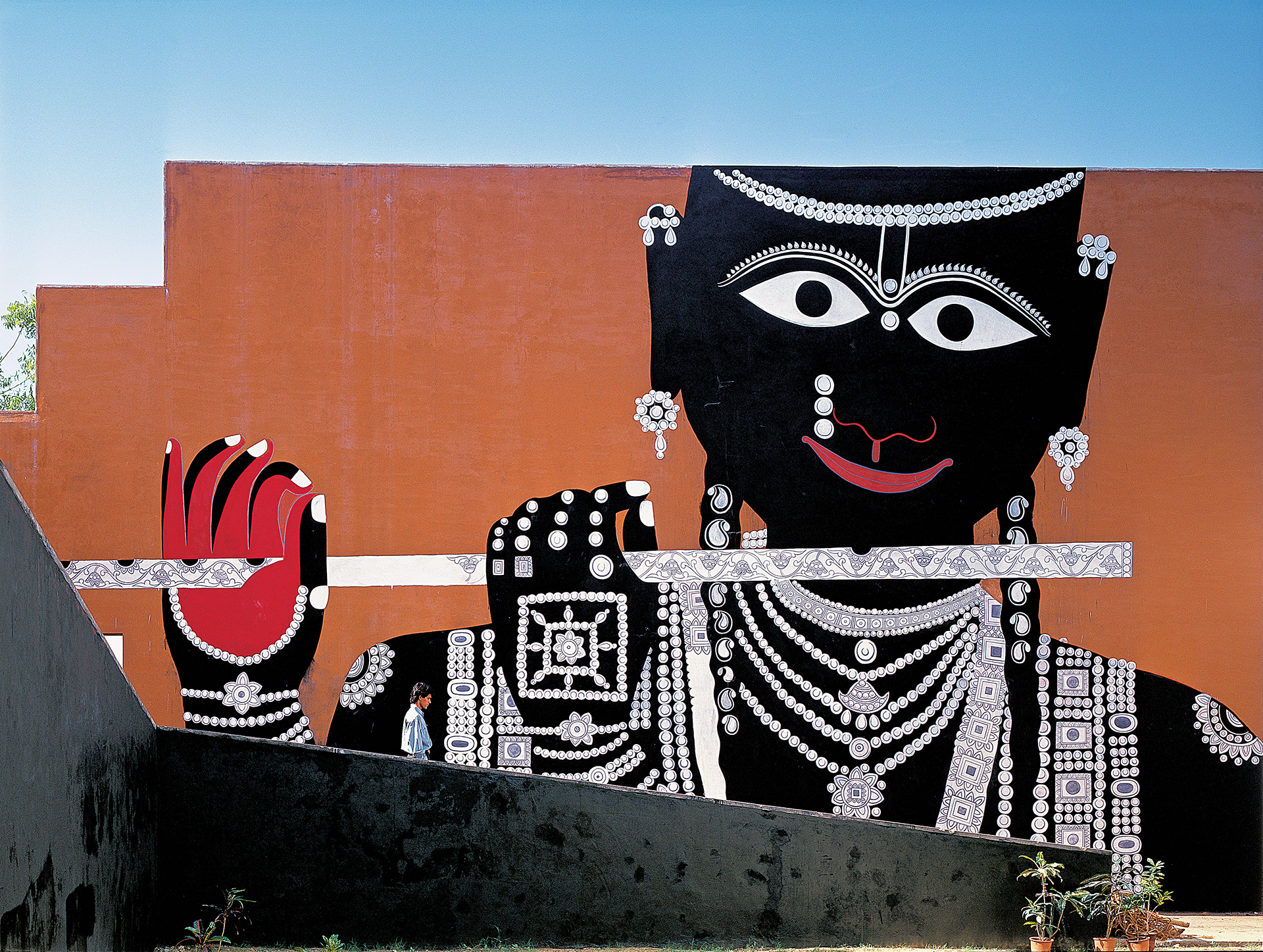 A traditional mural on one of the walls of the complex | JKK | Charles Correa Associates | STIR