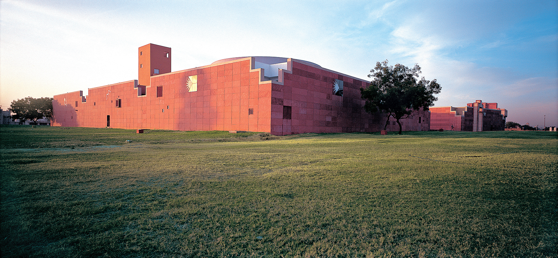 The museum complex surrounds a beautiful landscape | JKK | Charles Correa Associates | STIR
