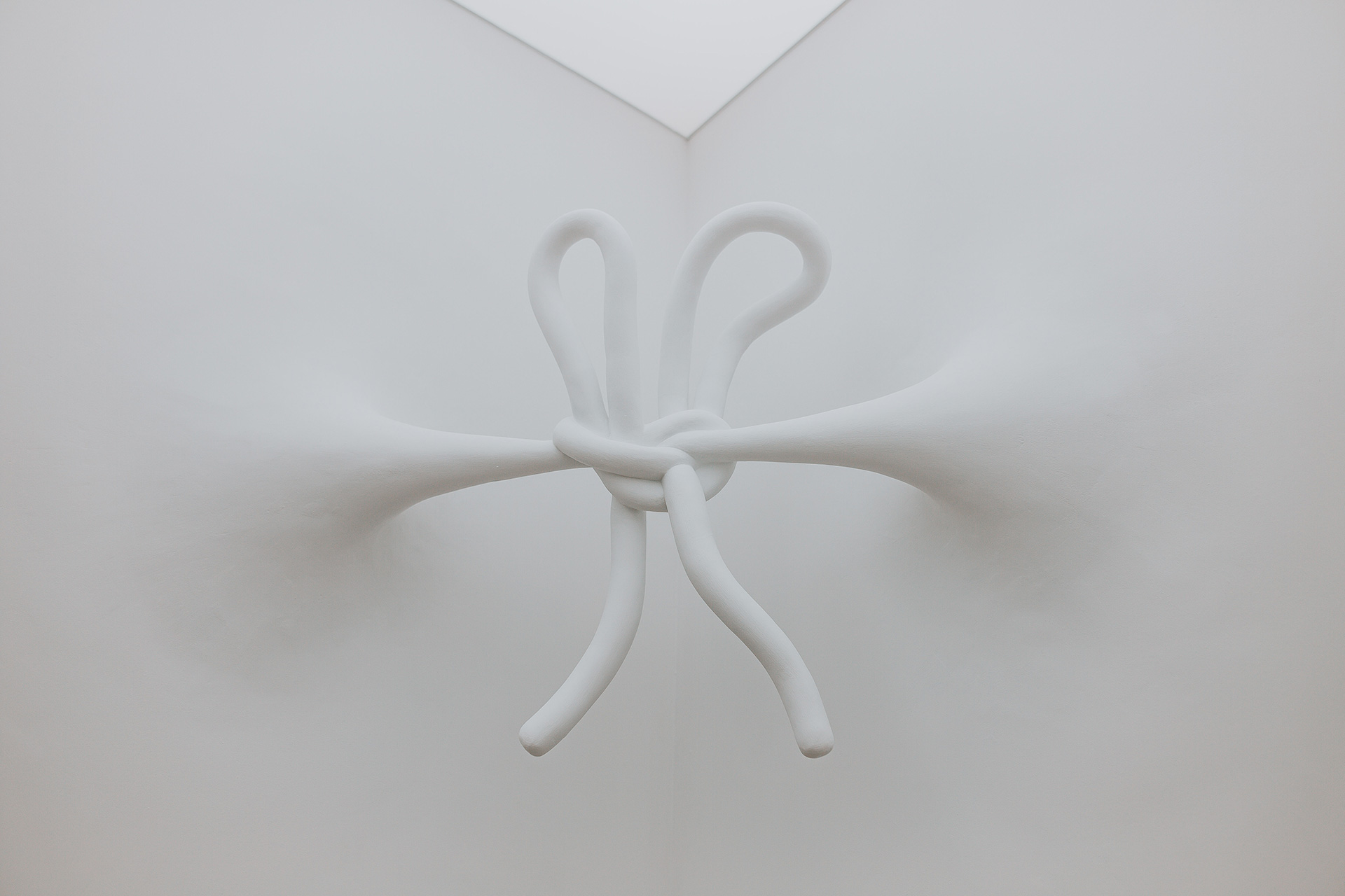 Daniel Arsham, Corner Knot, Connecting Time, MOCO Museum | Connecting Time | Daniel Arsham | STIR