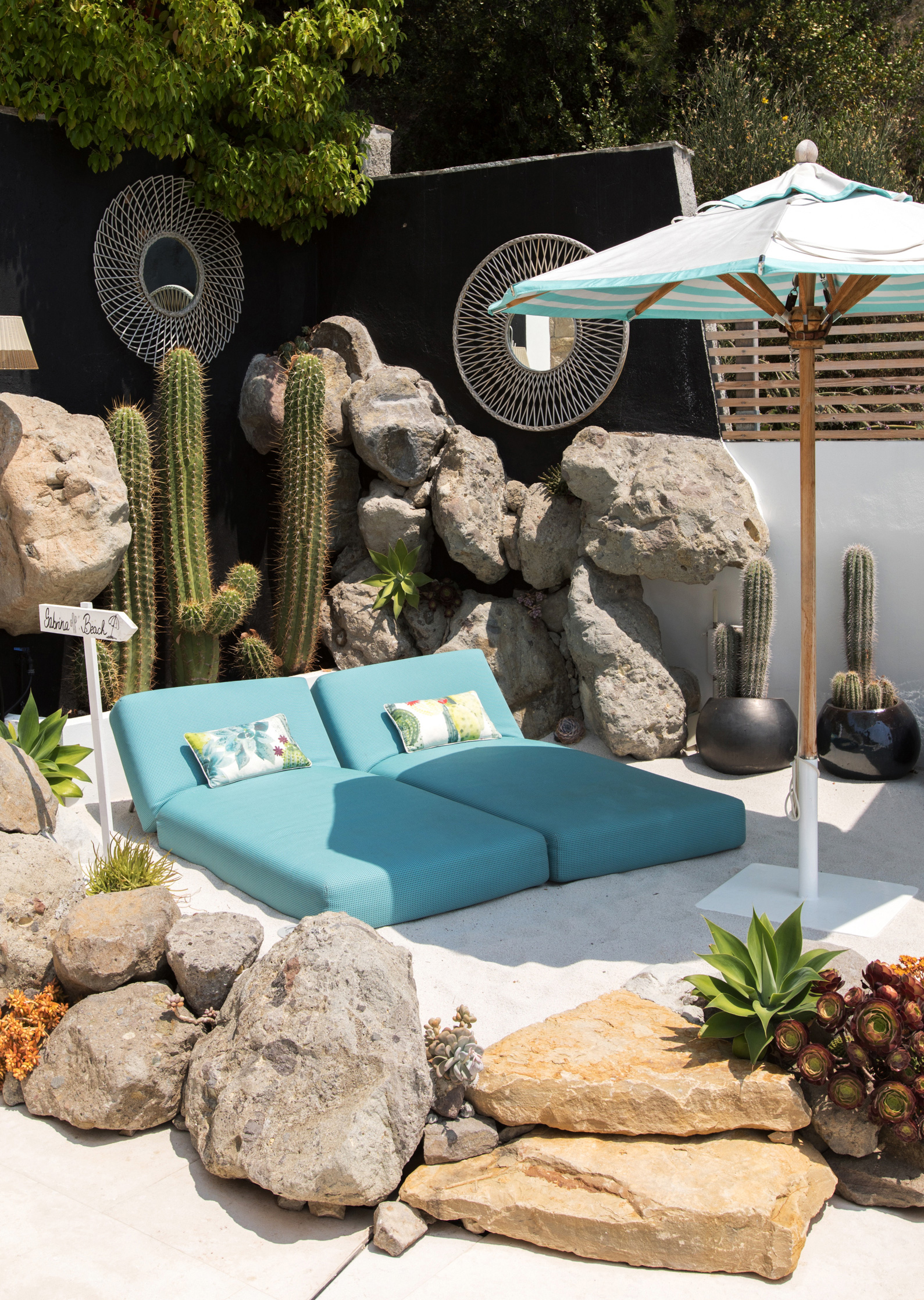 This corner with the Paola Lenti daybeds is one of Sabrina's most favourite in the whole house | Villa Riviera | Sabrina Monteleone-Oeino | STIR