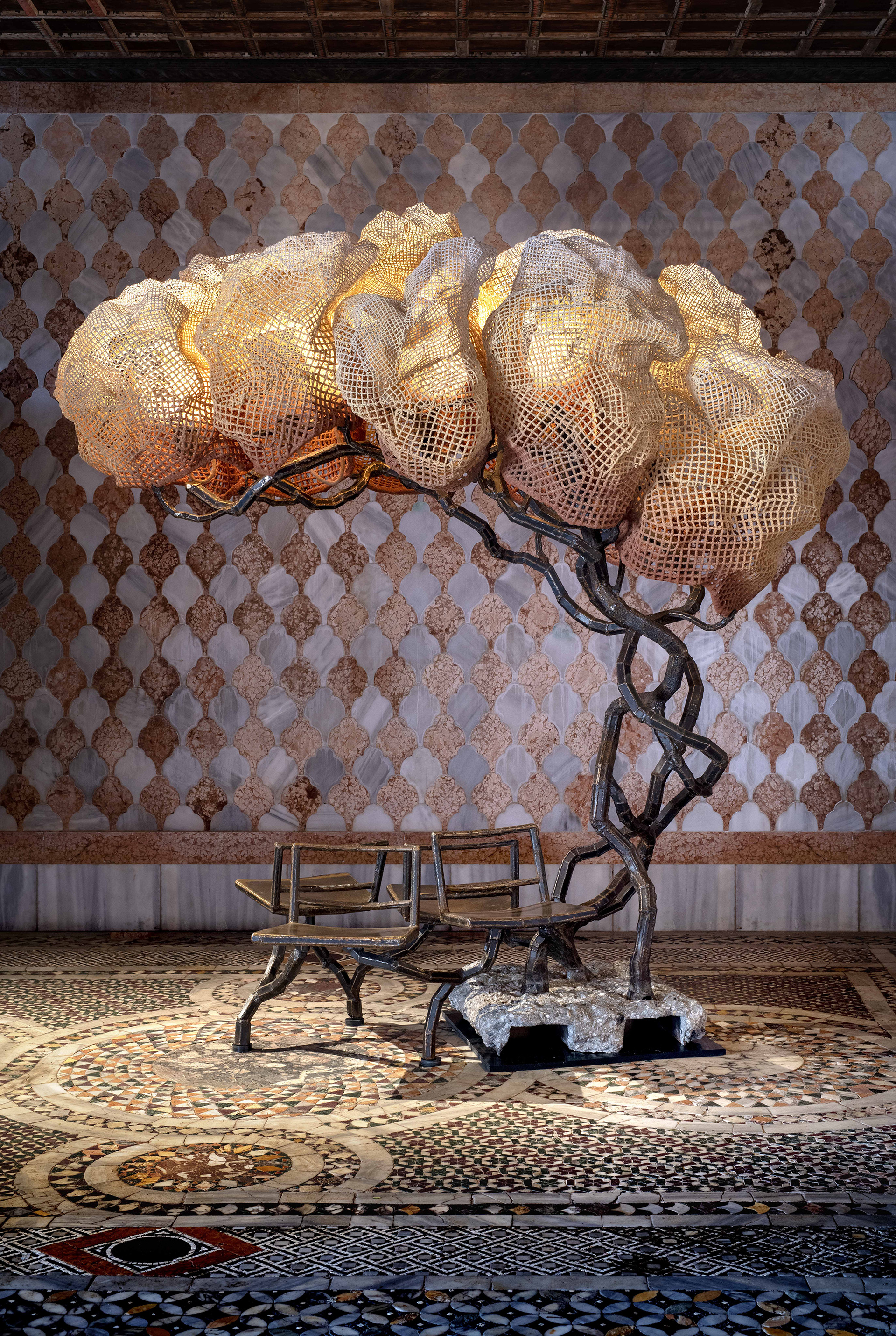 Nacho Carbonell; Under a Light Tree (136/2019); 2019; Corton steel, concrete, metal mesh with corkwall sprayed layers, light fittings; H280 l280 w100 cm / h111 l111 w40 in; Unique | Dysfunctional | STIR