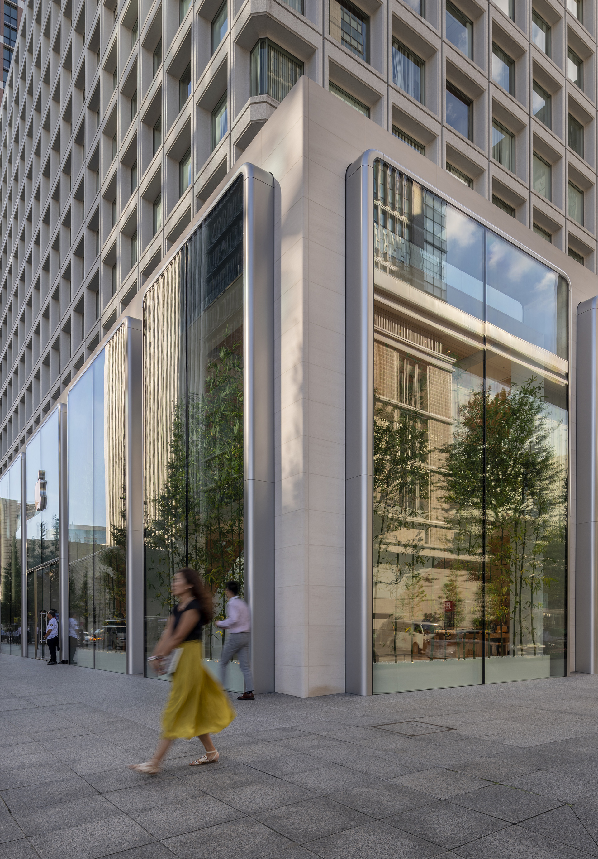 The building is rendered in white plaster | Apple Marunouchi | Foster + Partners | STIR