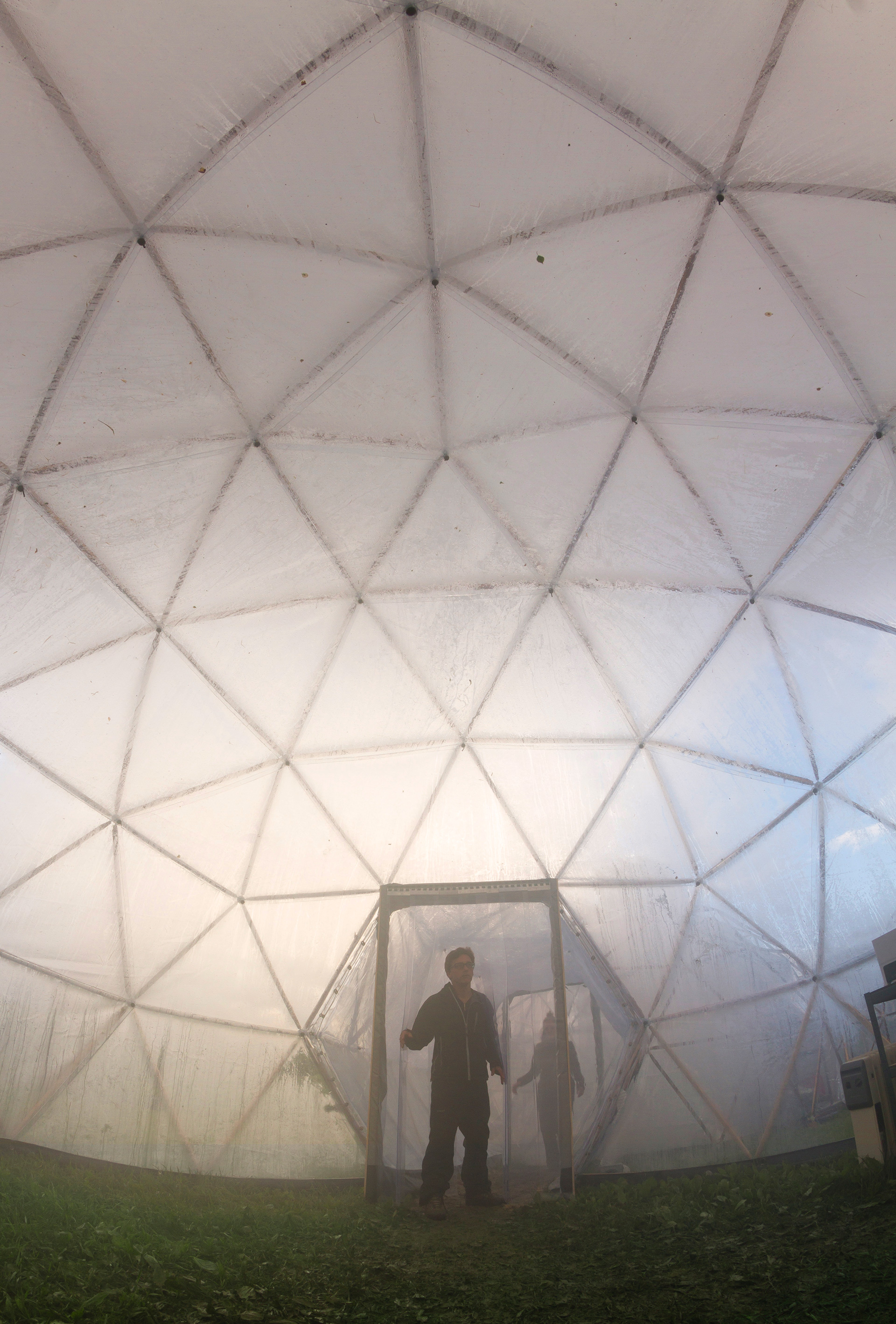 Inside the Pollution Pod visitors feel unease and shortness of breath as each pod imitate the air quality of five global cities | Pollution Pods | Michael Pinsky | STIRworld