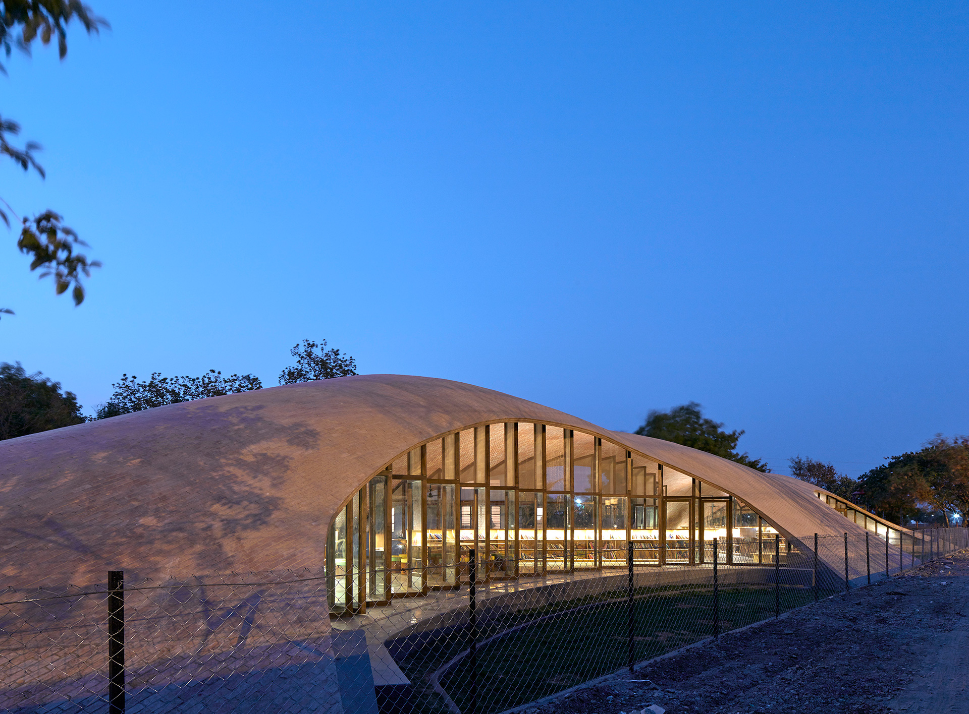 Maya Somaiya Library - night view | Maya Somaiya Library | sP+a | STIRworld