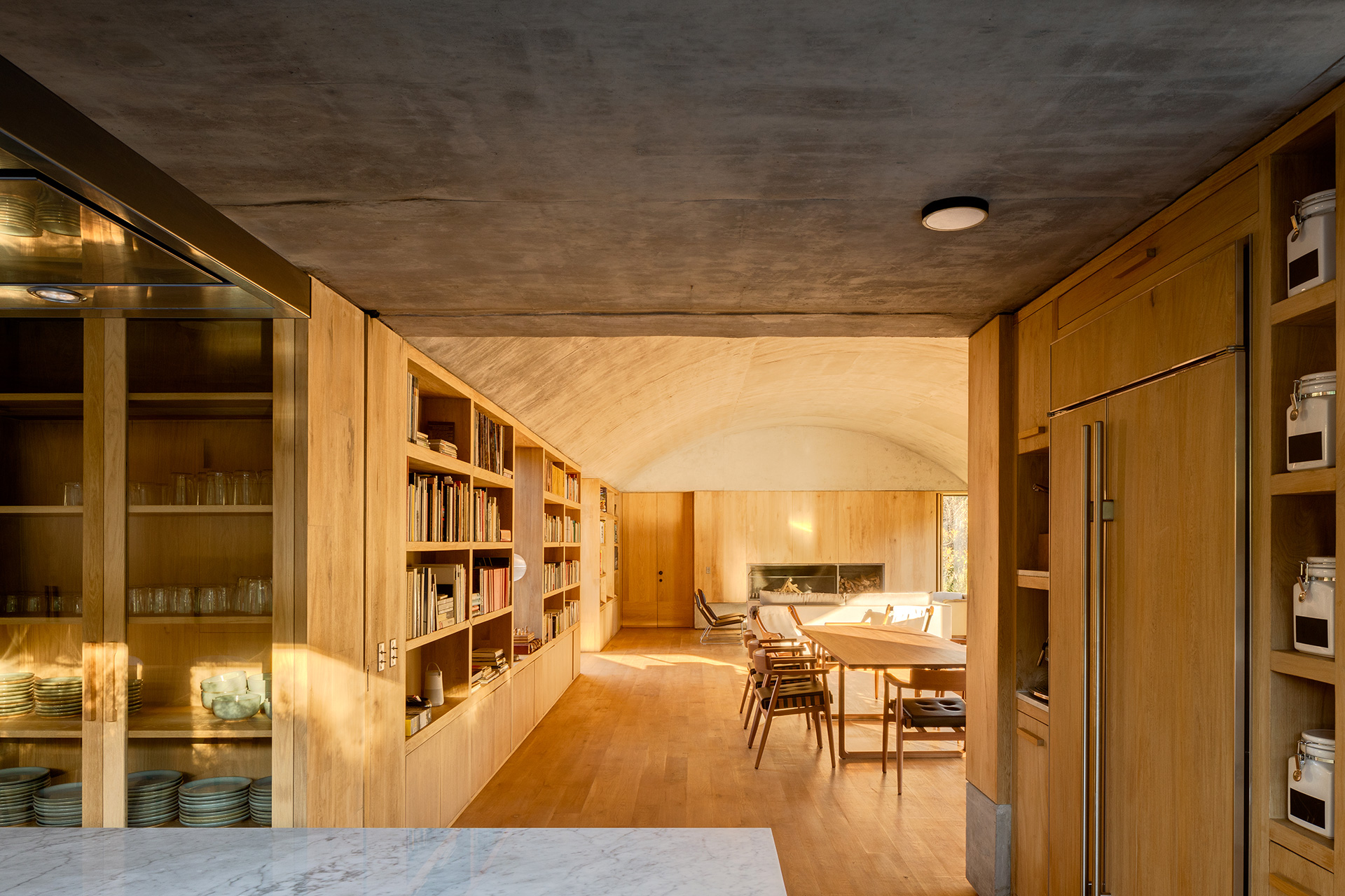 The use of wood and concrete in the interior spaces | Fernanda Canales | Terreno House | Mexico | STIRworld