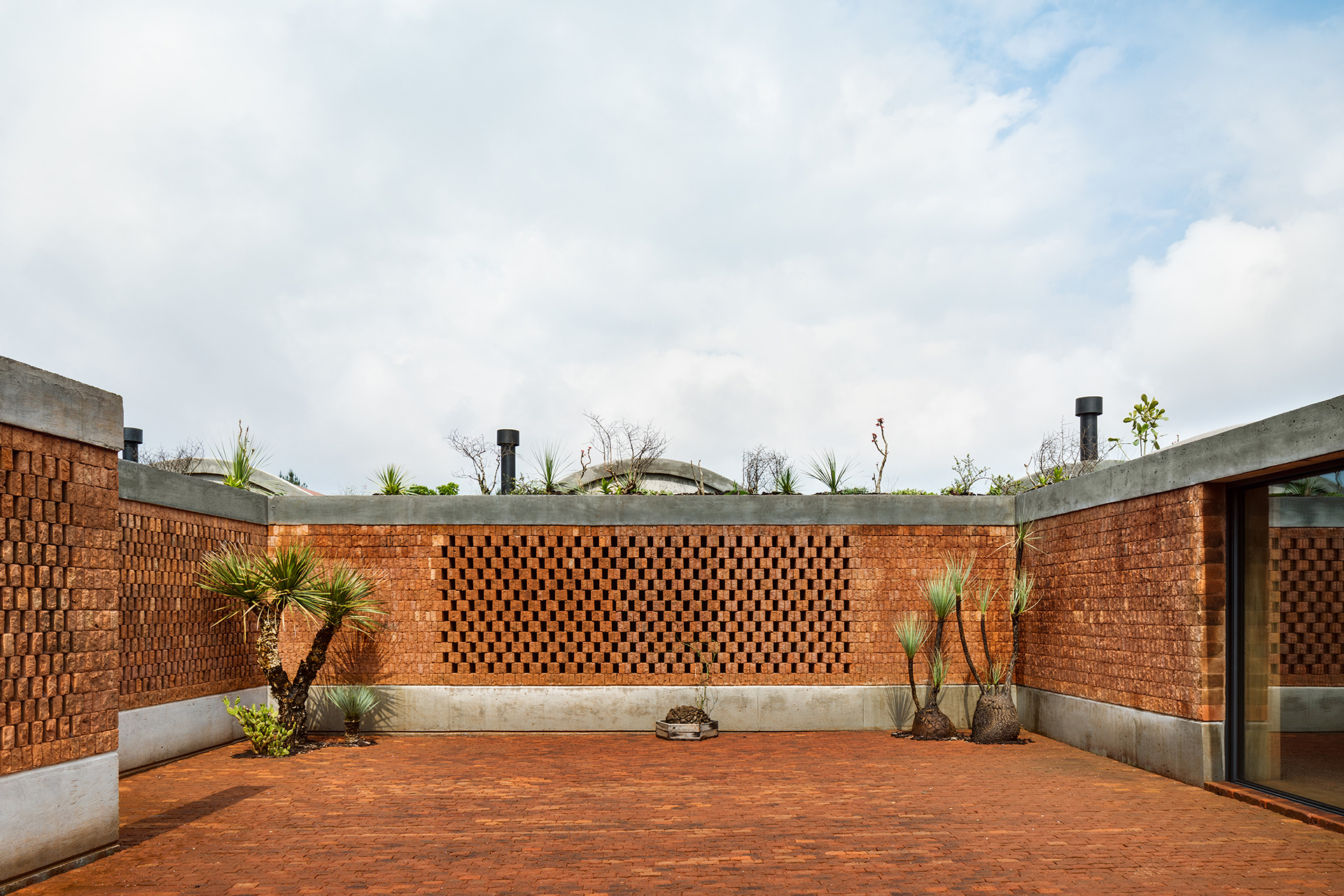 Central courtyard connecting all spaces | Fernanda Canales | Terreno House | Mexico | STIRworld