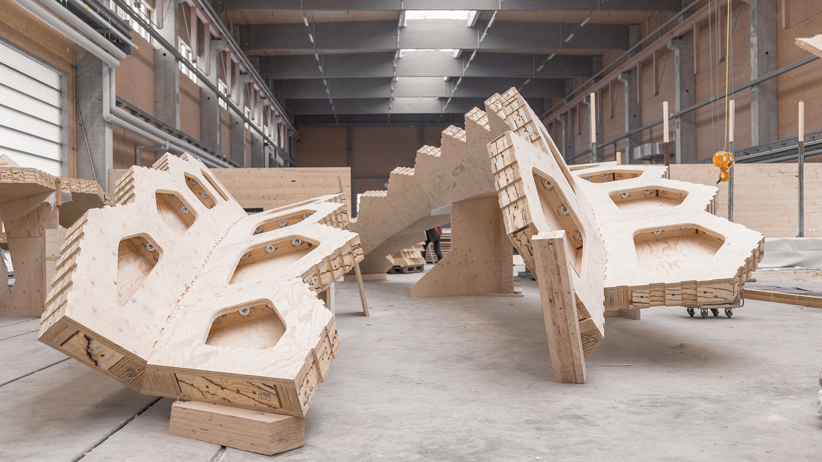 Assembly of components | BUGA Wood Pavilion 2019 | University of Stuttgart | STIRworld