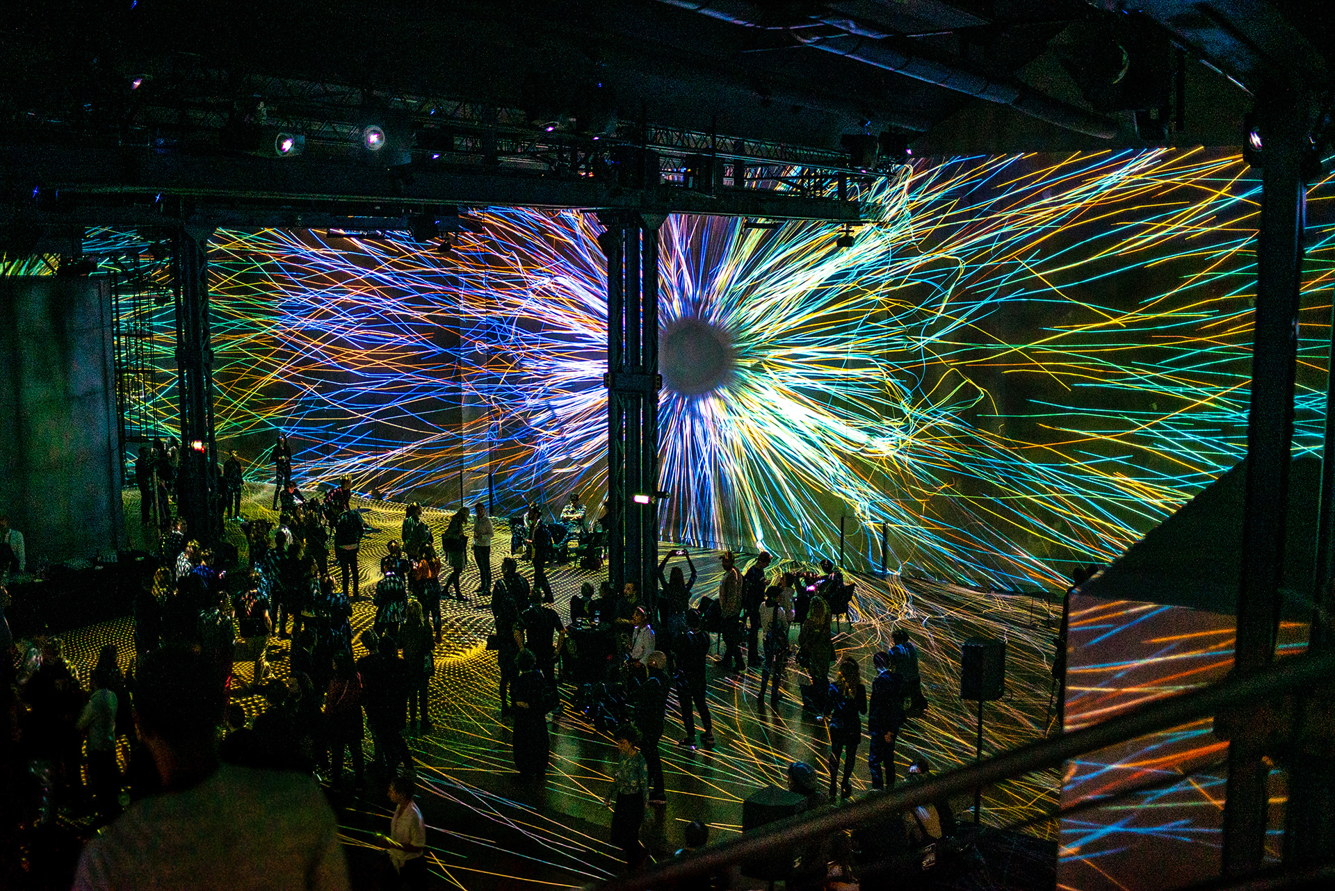The visitors at the Immersive Art Festival in Paris | Immersive Art Festival | STIRworld