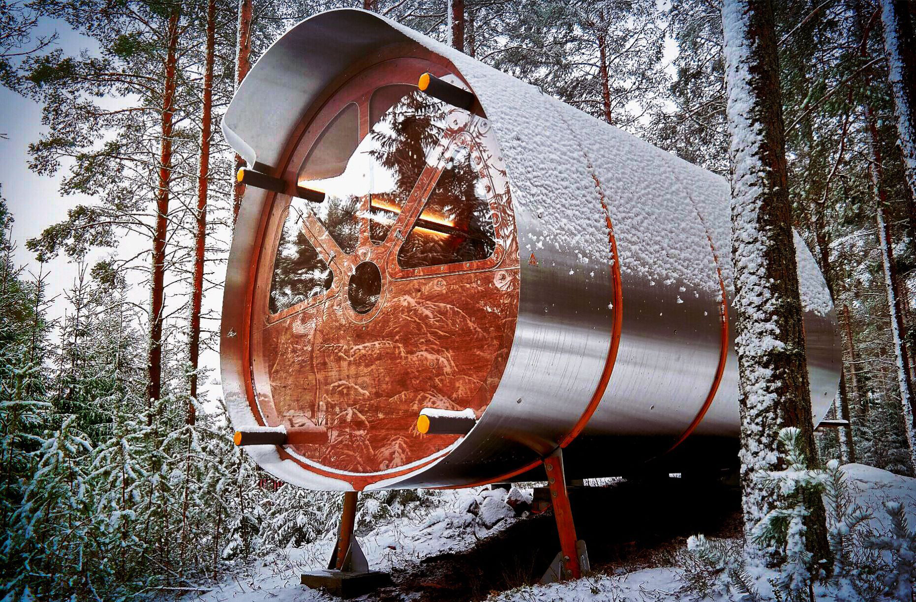 Fuselage Cabin installed in Sweden close to the Artic Circle |Glamping| Resorts | STIRworld