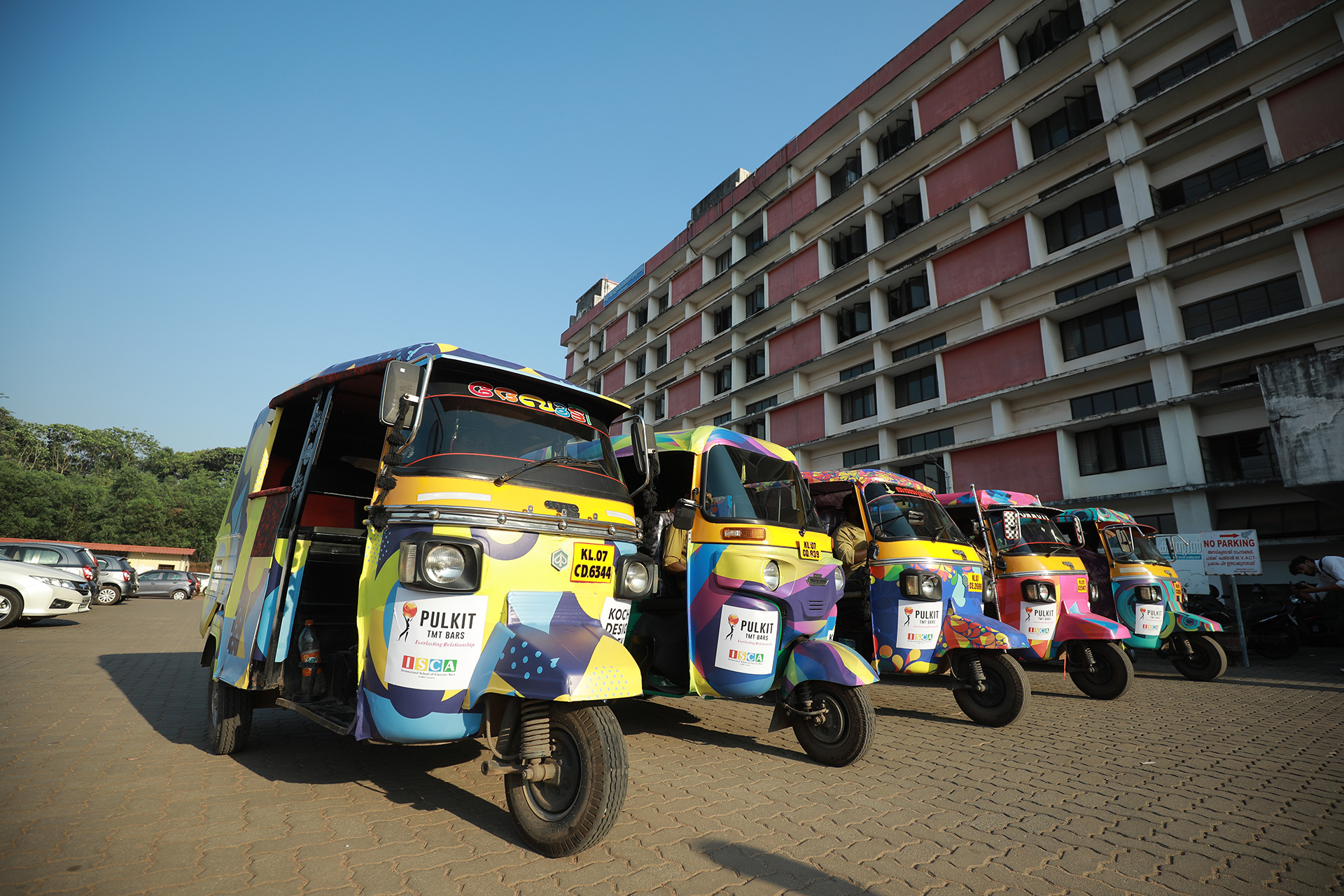 Auto-rickshaws painted in unconventional colour patterns for the Kochi Design Week | Kochi Design Week | STIRworld