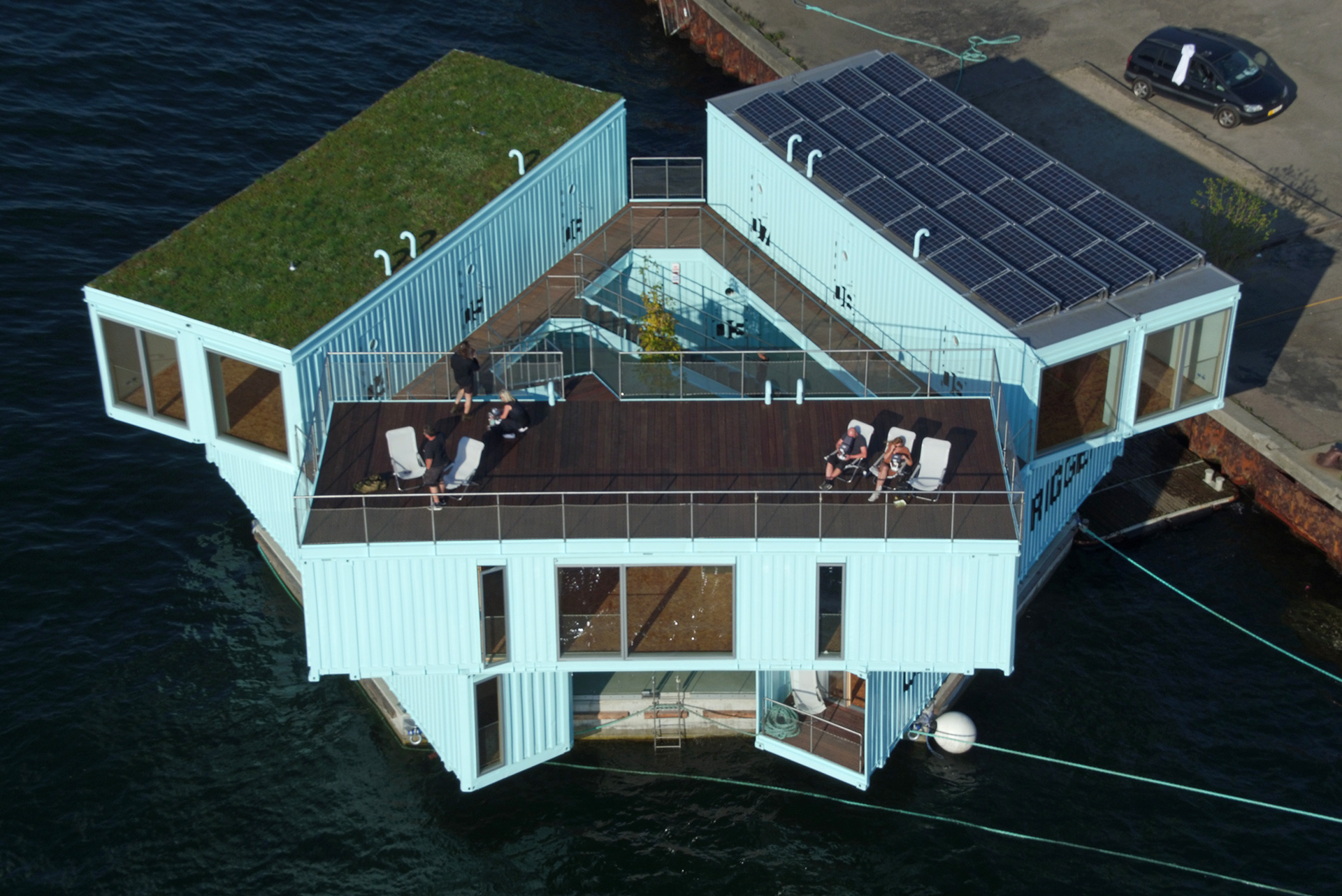 Solar panels and terrace on top of the housing | Urban Rigger student housing| BIG | STIRworld