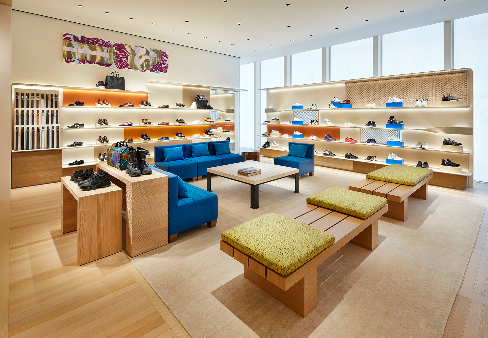 Traditional Japanese materials used in the interior space | Louis Vuitton Osaka | Jun Aoki | Peter Marino| STIRworld