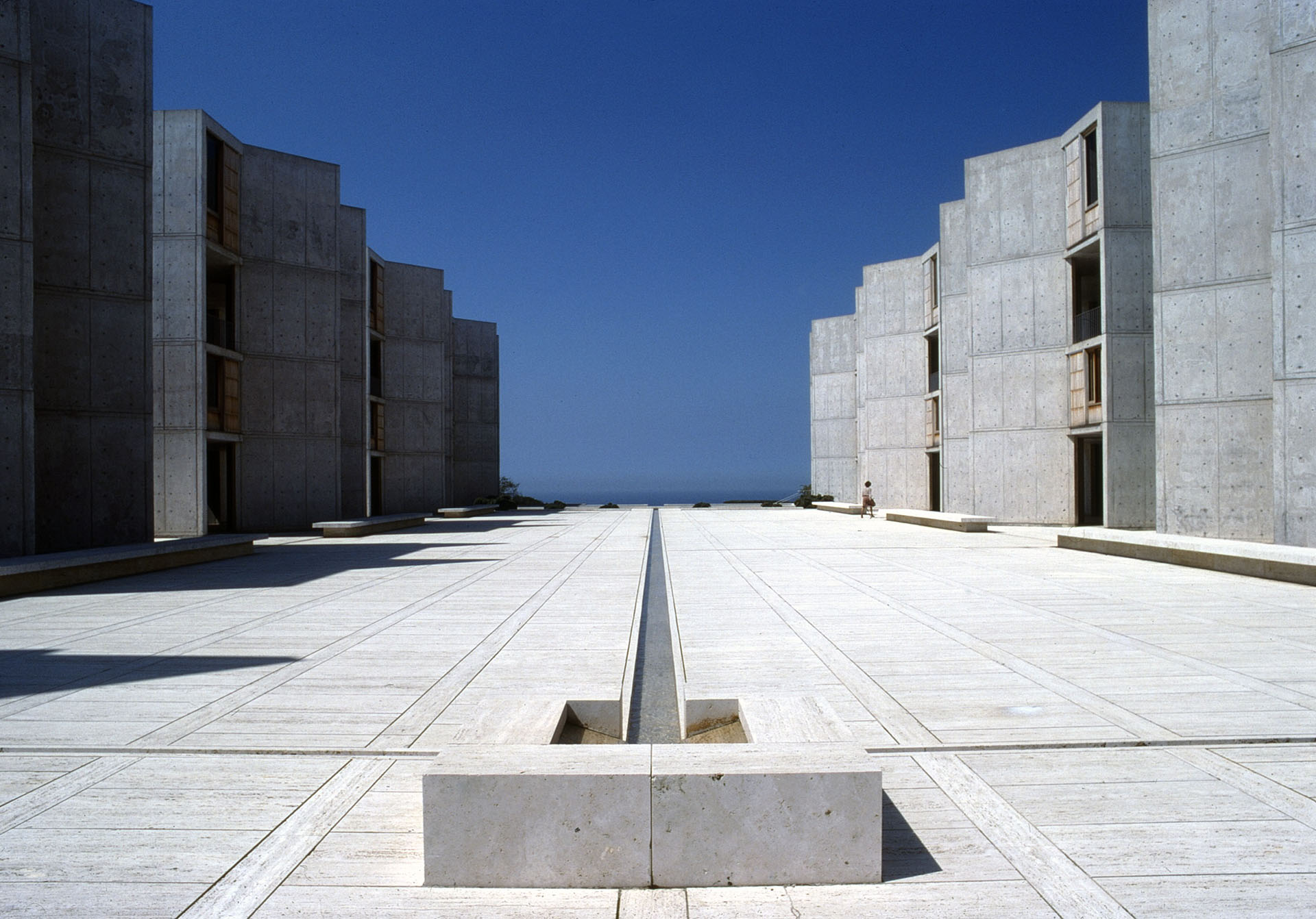 Salk Institute for Biological Studies (La Jolla, California, USA) - architect Louis Kahn, structural consultant August Komendant | Miracles in Concrete | Louis I Kahn | STIRworld