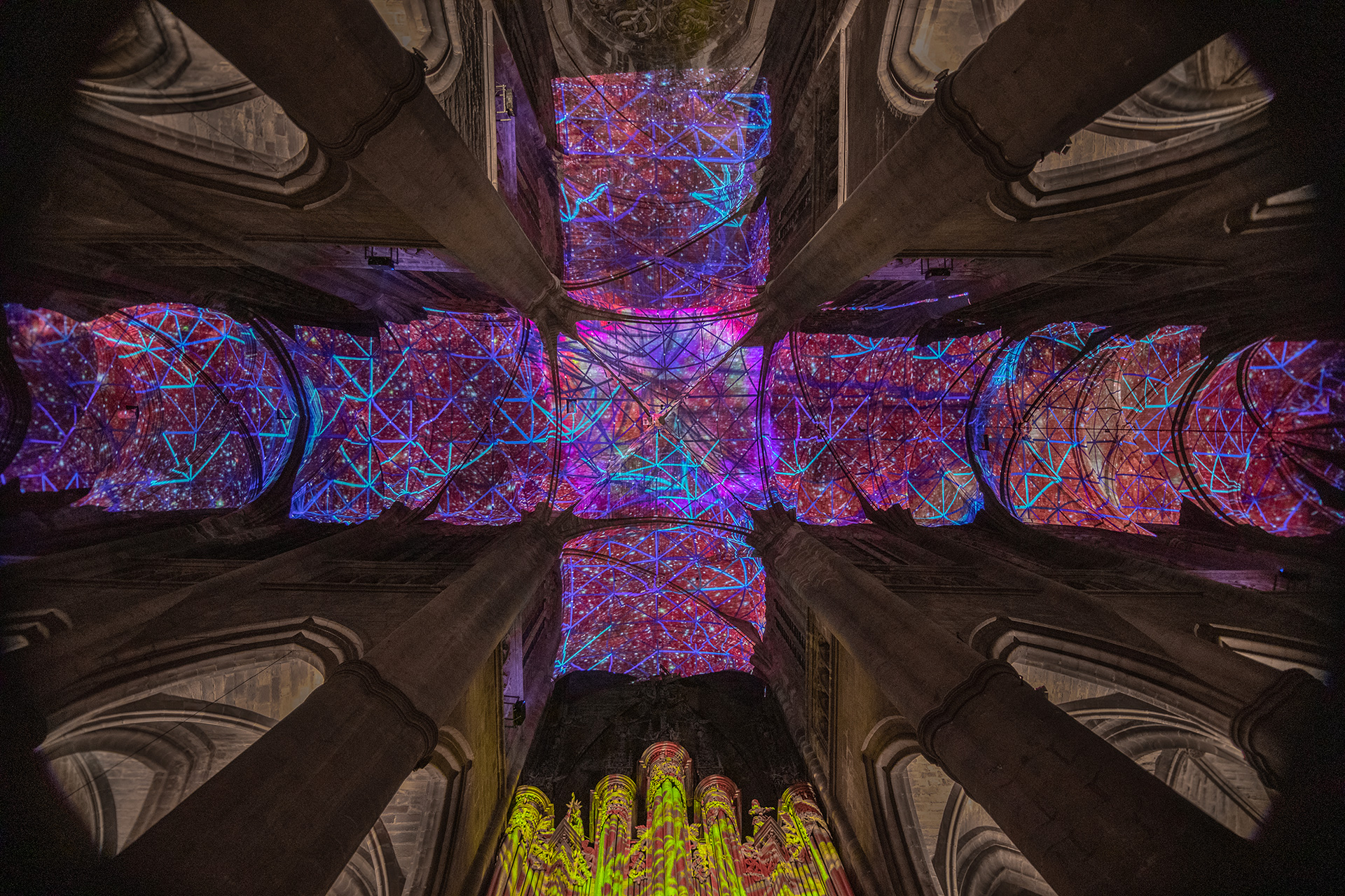 'Digital Supernova' (2019), a generative virtual-reality installation by Chevalier at Notre Dame Cathedral | Digital Supernova | Miguel Chevalier | STIRworld