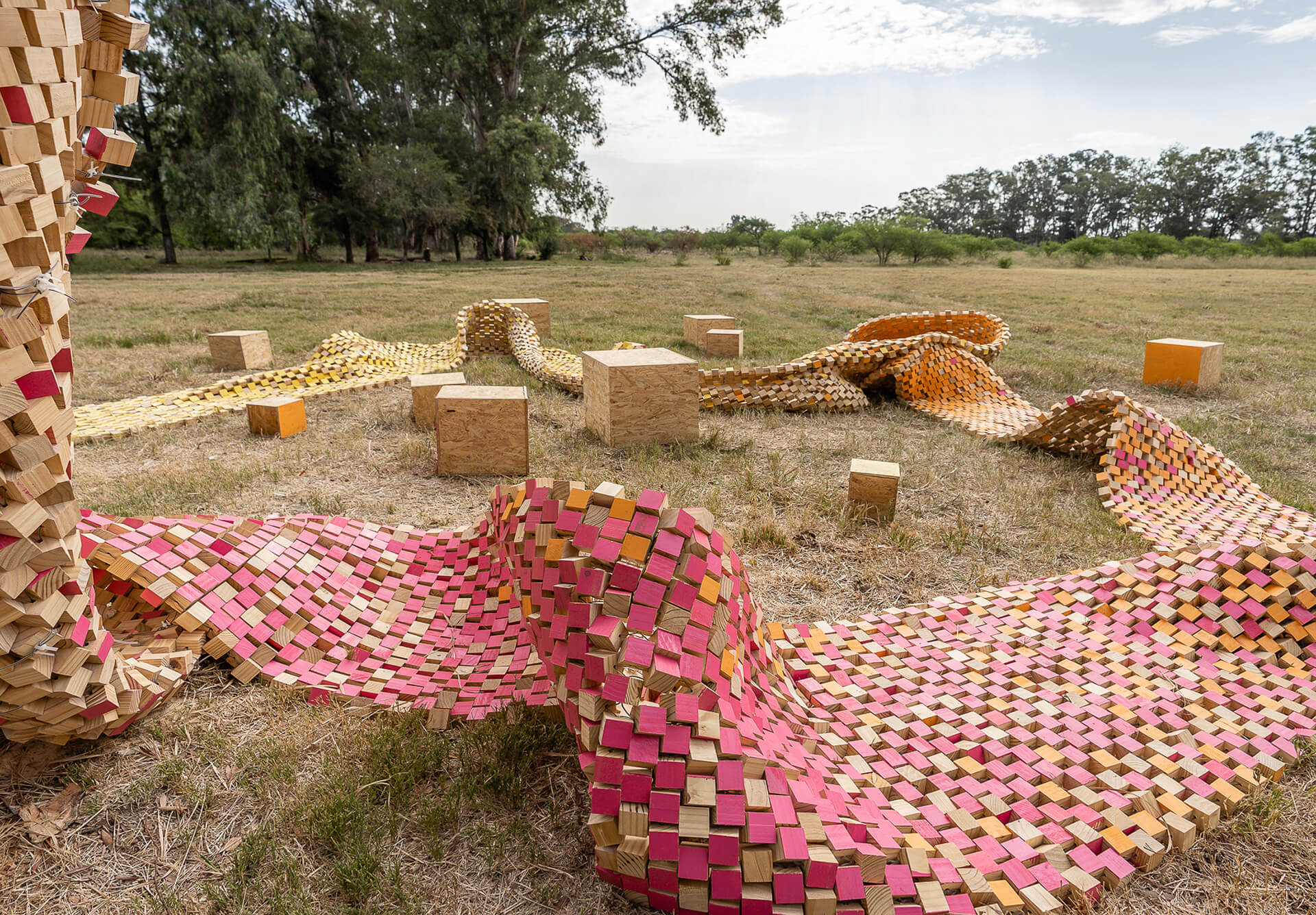 Project Winter Sun using a flexible fabric creates an organic form of installation art | Installations in Wood | STIRworld