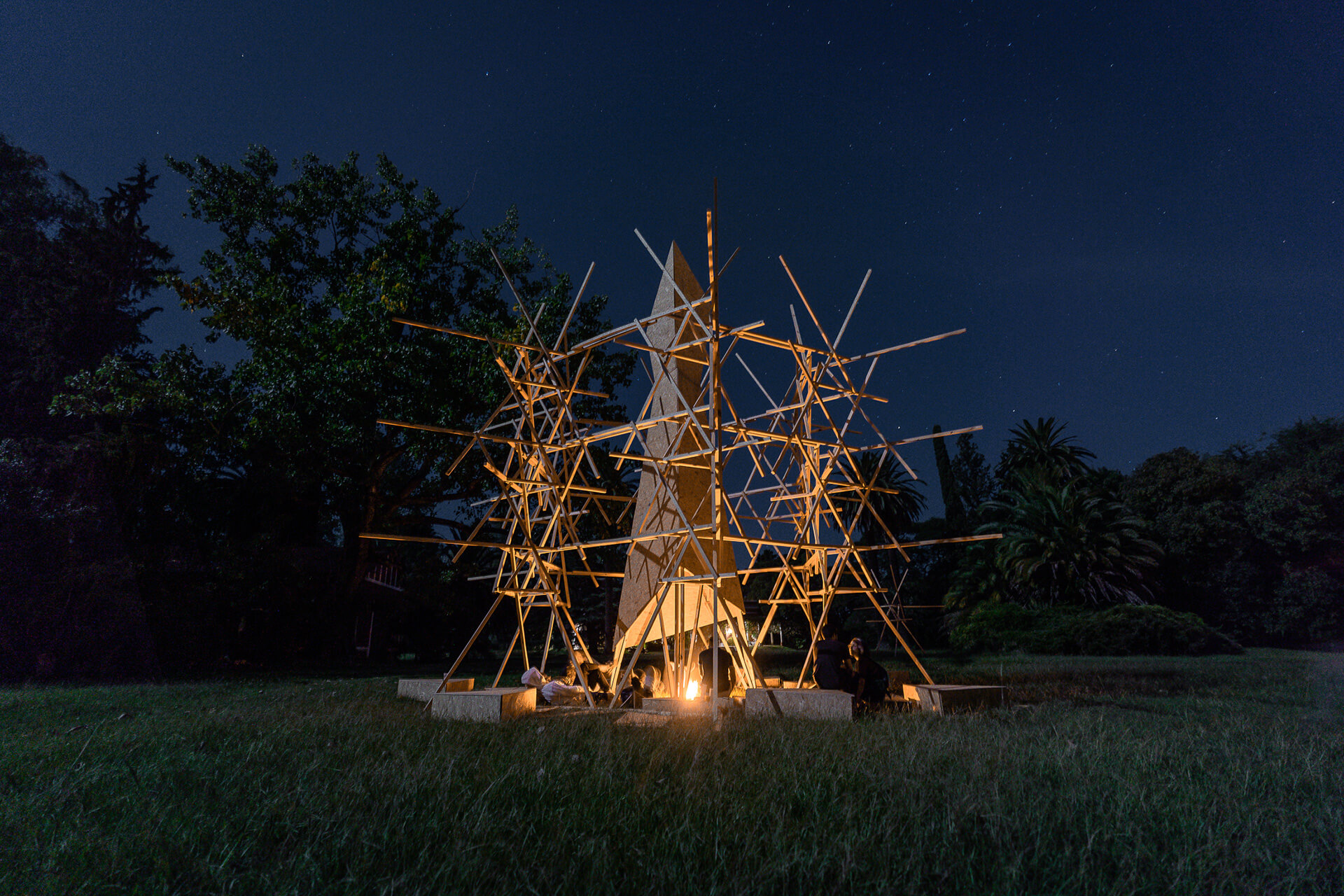 Project Chispa uses fire and architecture with a prism modular base to explore tension | Hello Wood Festival | Installations in Wood | STIRworld