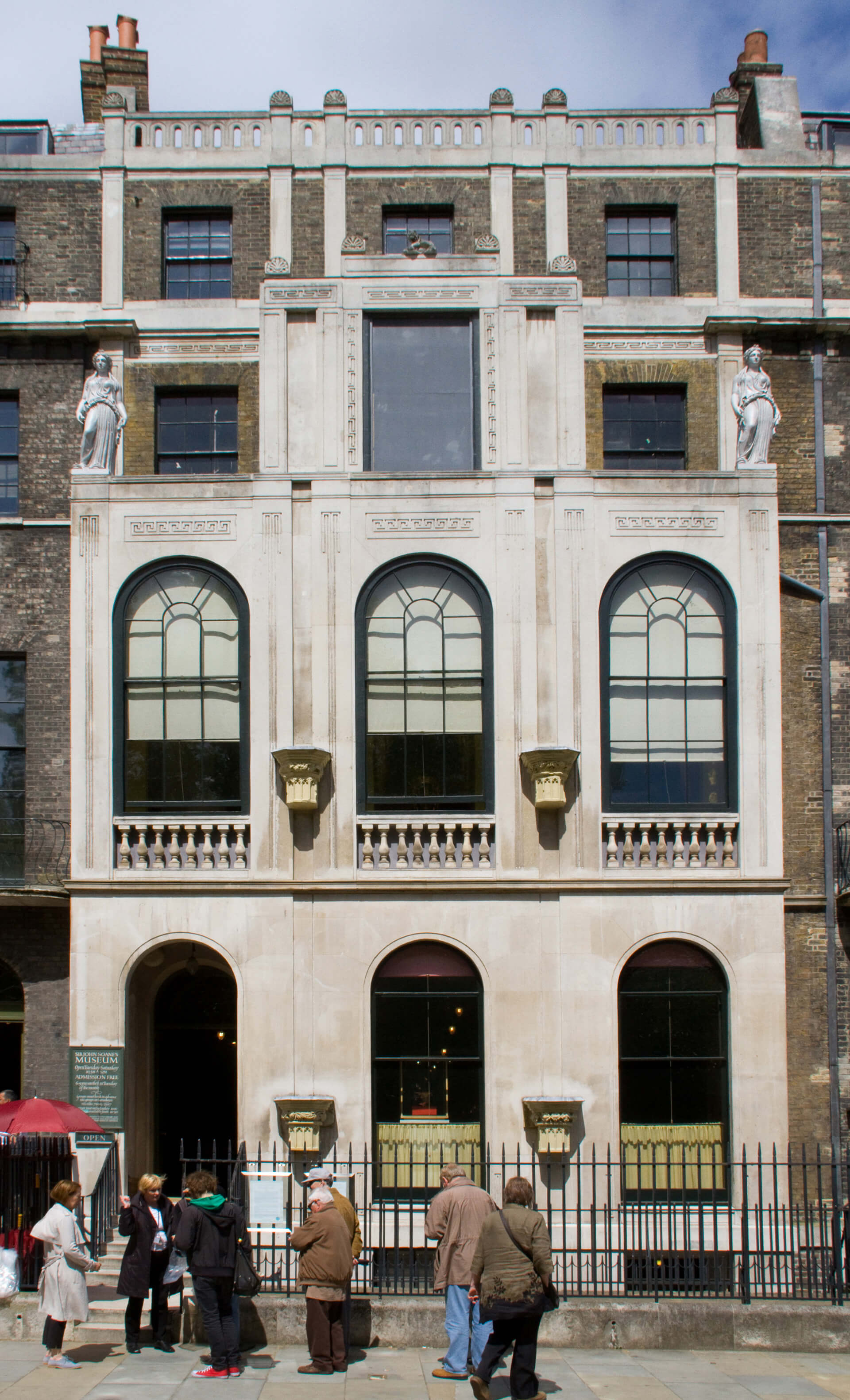 Neo-classical façade of the Sir John Soane Museum in London | John Soane Museum| All that could have been | STIRworld