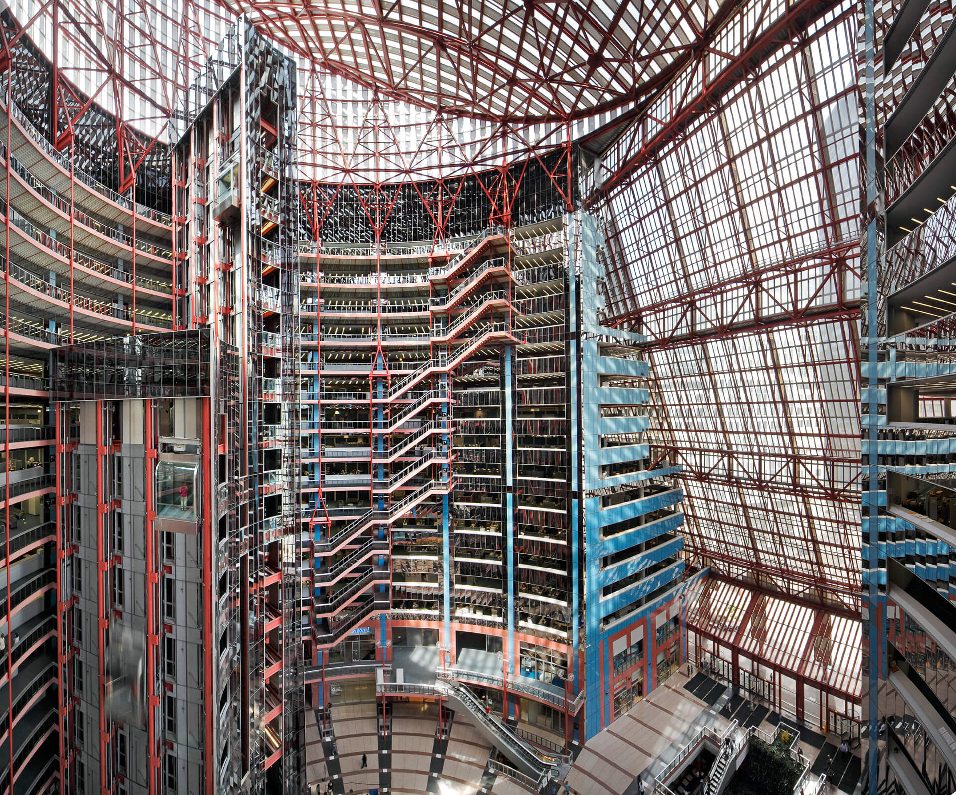 The interior full height atrium of the Thompson Center designed by Helmut Jahn in 1985 in Chicago | James R. Thompson Center by Helmut Jahn | STIRworld